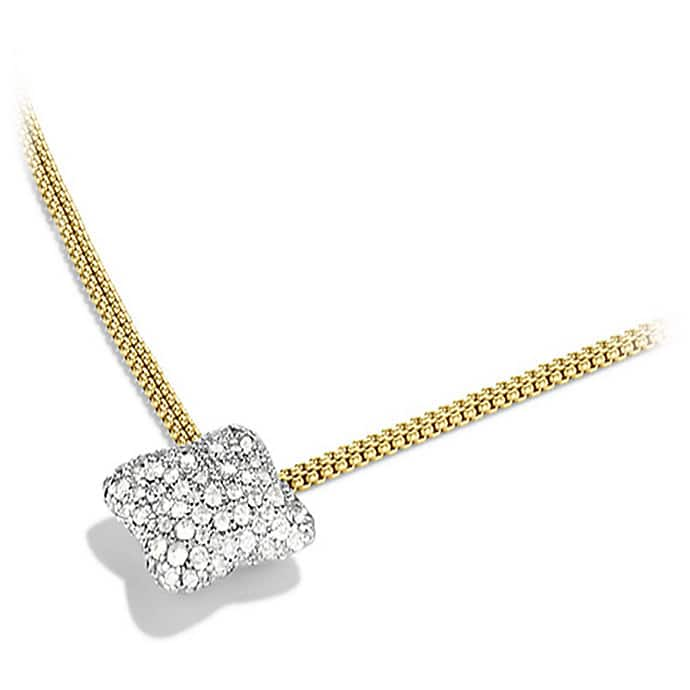 Quatrefoil Medium Pendant Necklace with Diamonds in Gold