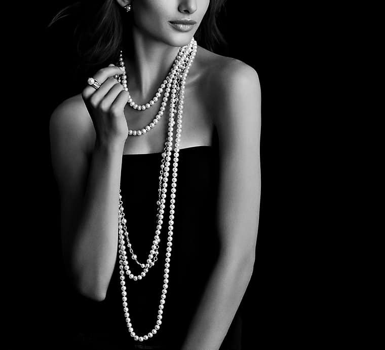 Pearl Necklace with Diamonds