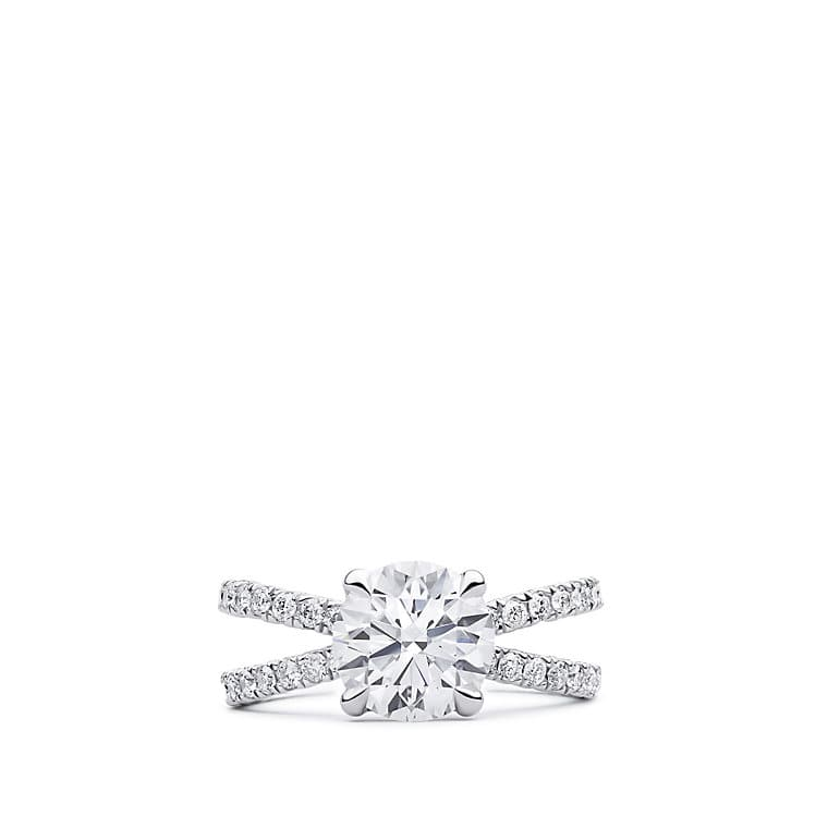 DY Crossover Pave Engagement Ring in Platinum, Round