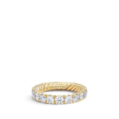 Wedding single Row band with Diamonds in 18K Gold