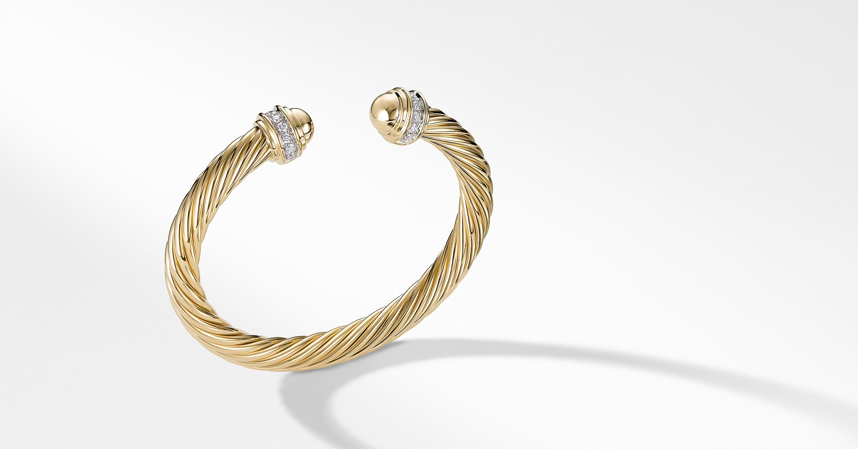 Cable Classics Bracelet with Diamonds in 18K Gold, 7mm