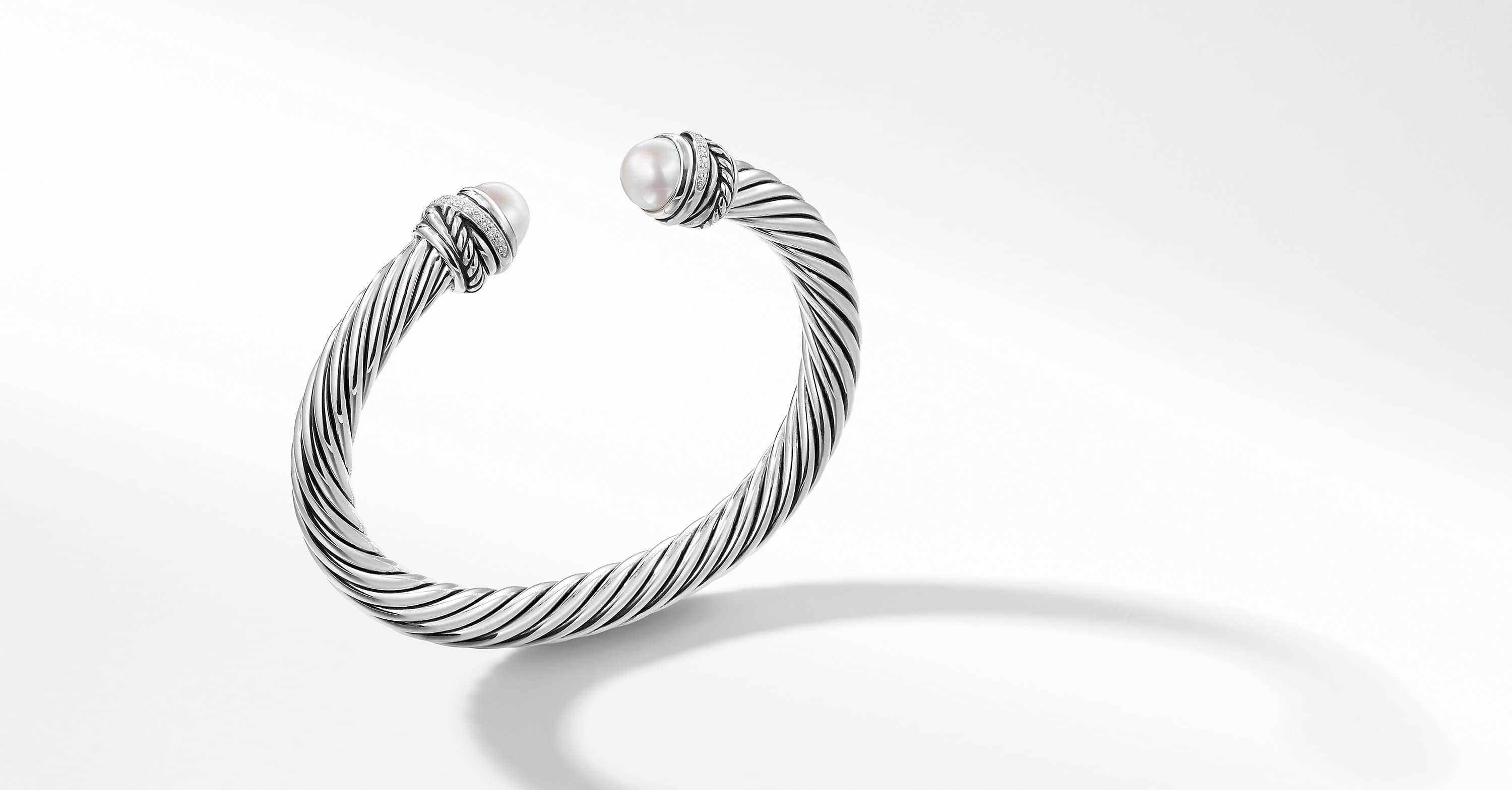 The Crossover Collection® Bracelet with Diamonds, 7mm