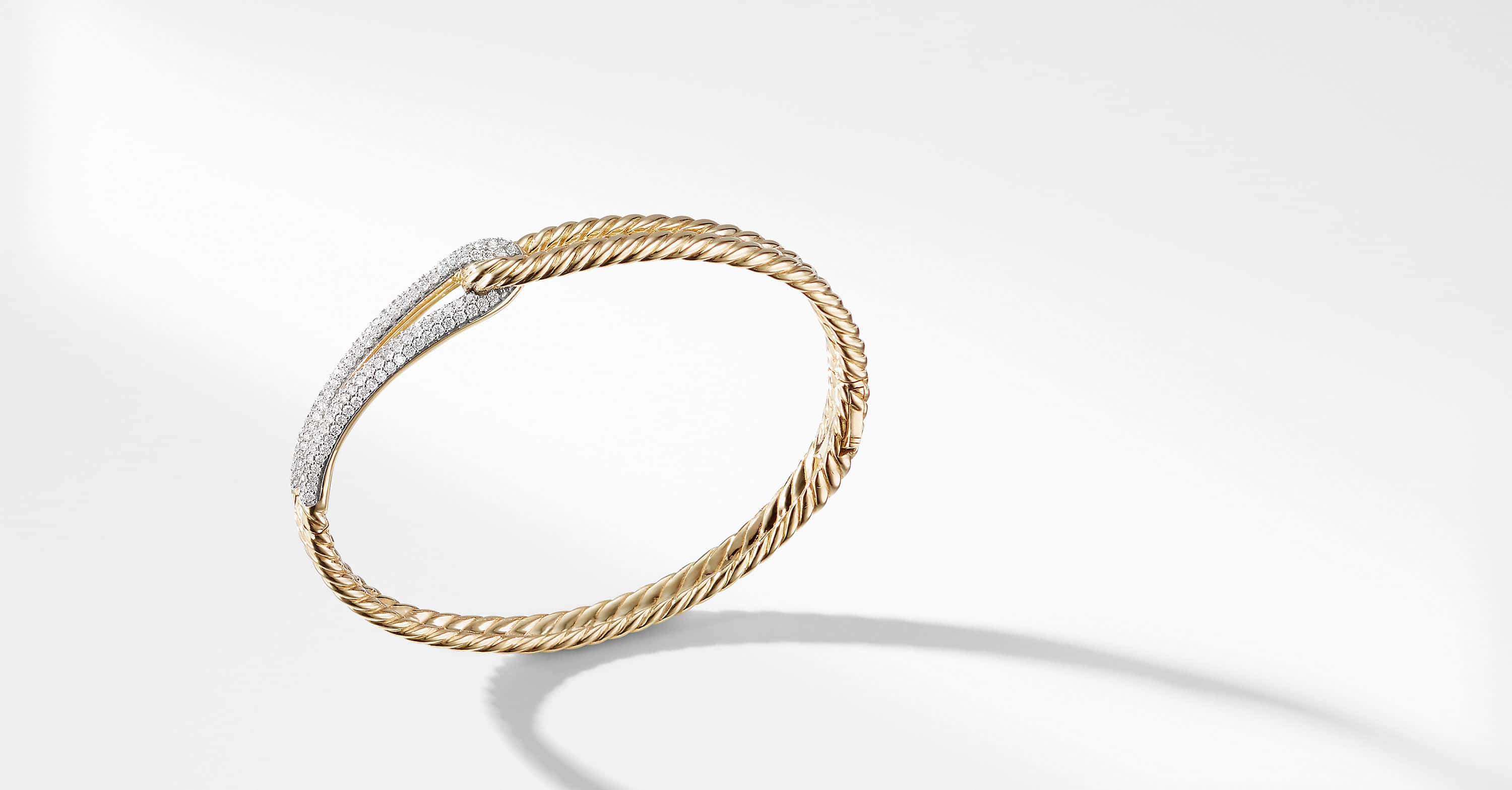 Labyrinth Loop Bracelet with Diamonds in 18K Gold, 8mm