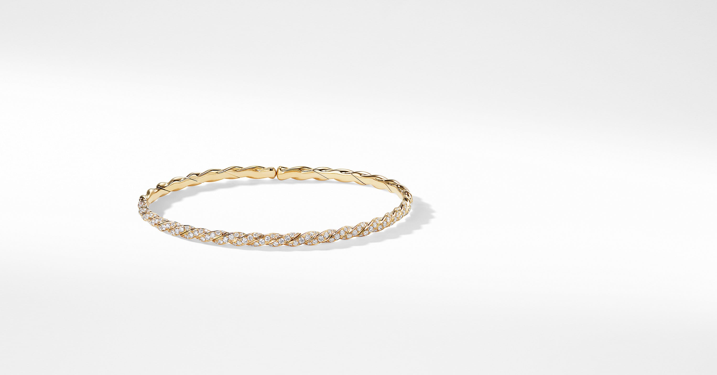 Pavéflex Single Row Bracelet with Diamonds in 18K Gold