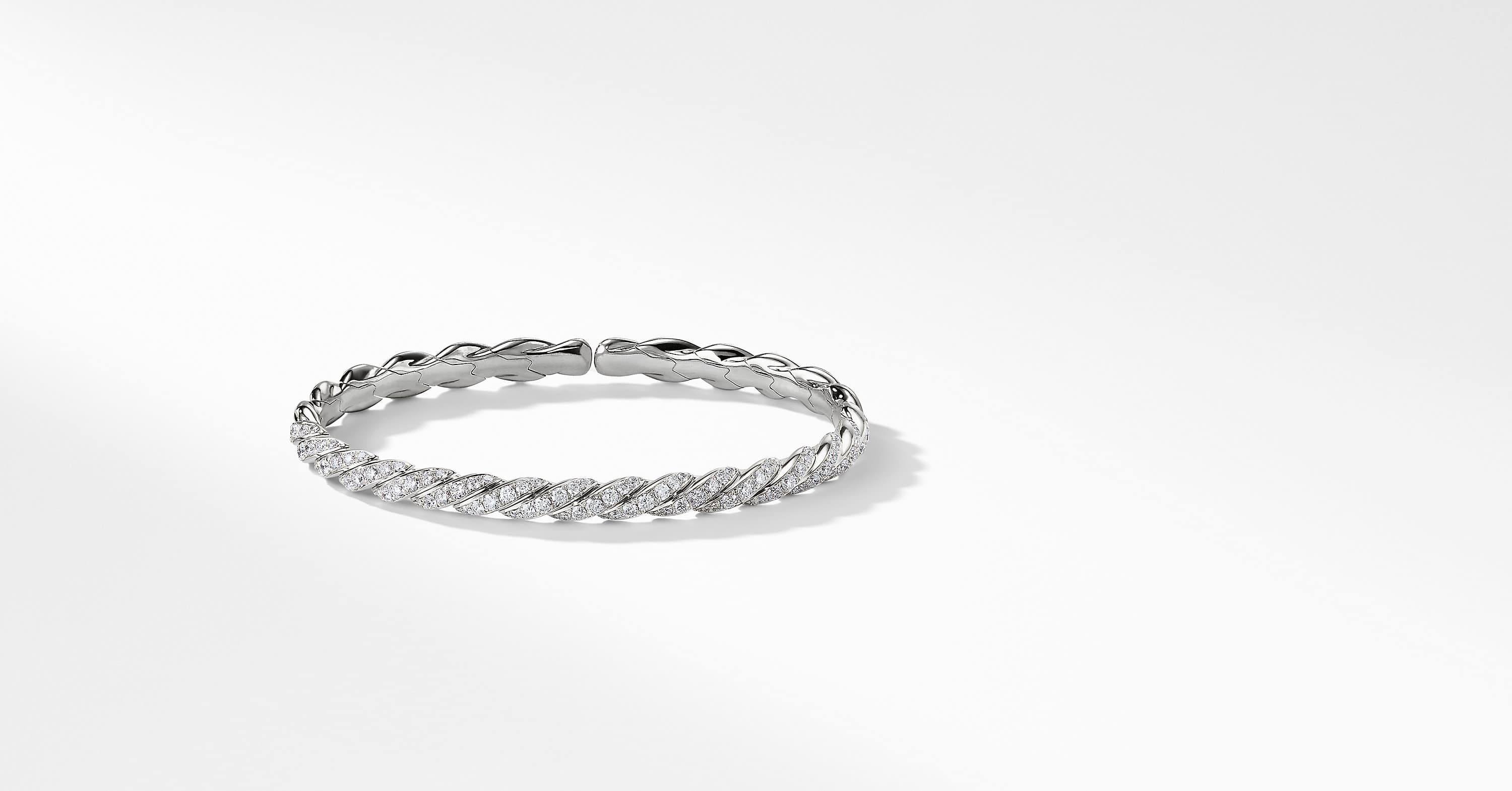 Pavéflex Bracelet with Diamonds in White Gold