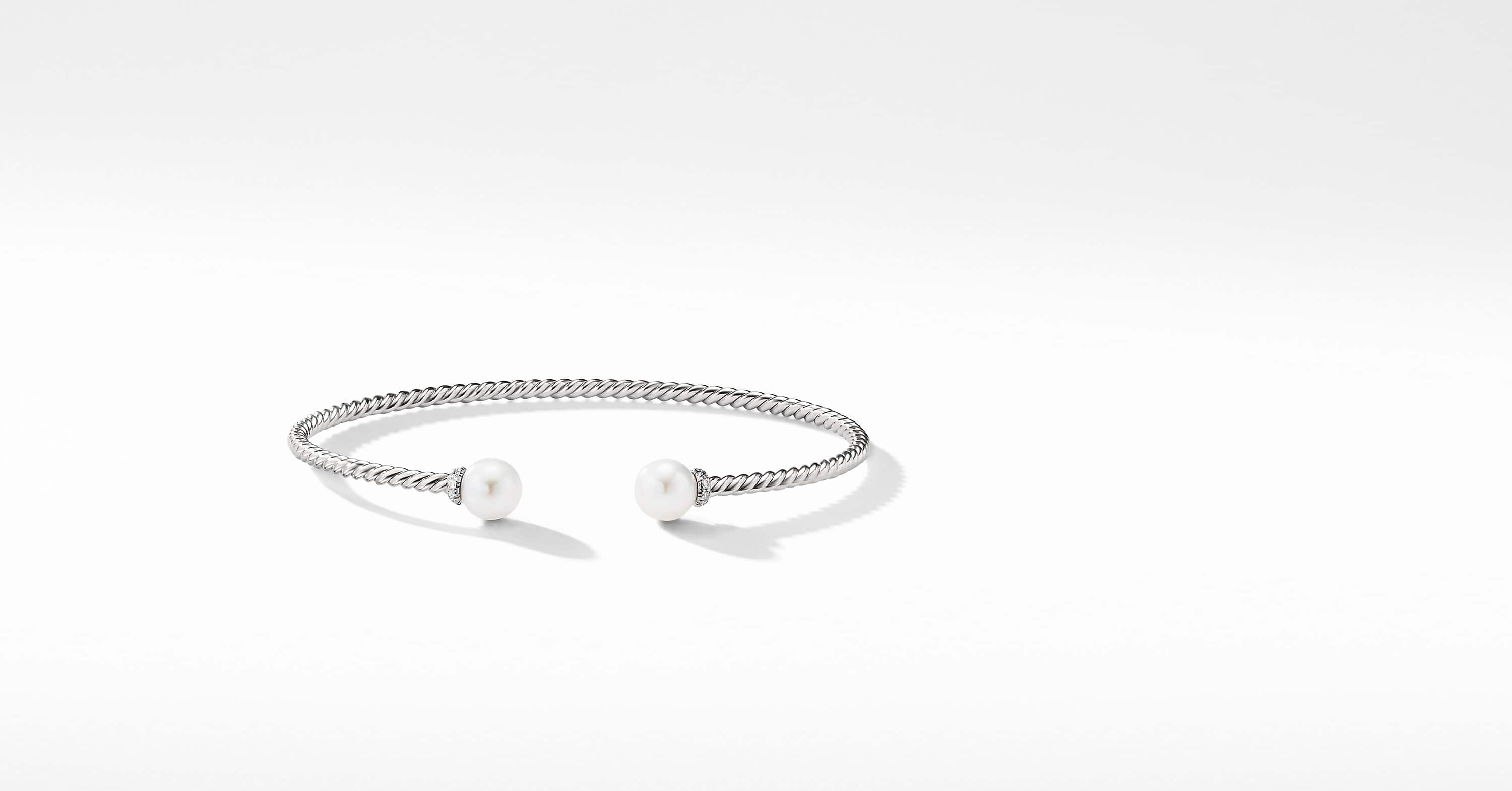 Petite Solari Pearl Bracelet in 18K White Gold with Diamonds