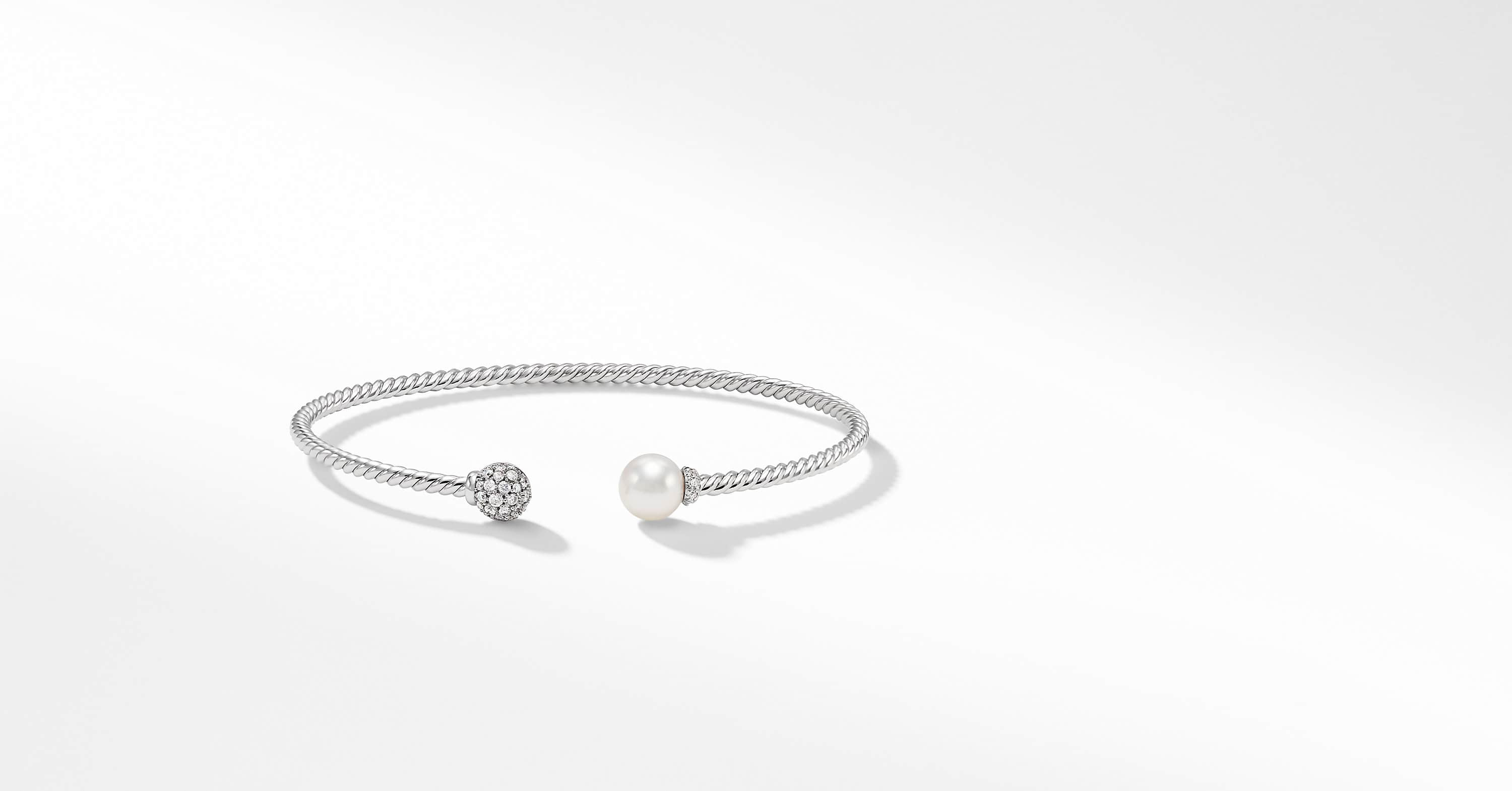 Petite Solari Bead and Pearl Bracelet with Diamonds in 18K White Gold