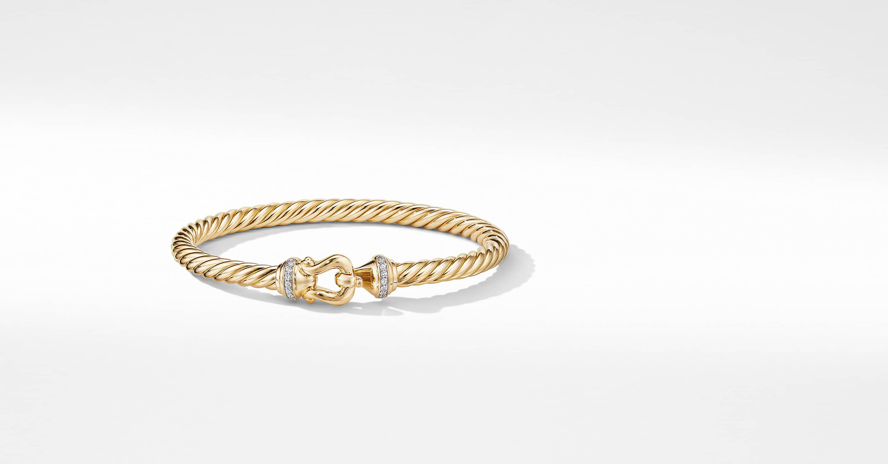 Buckle Bracelet in 18K Yellow Gold with Diamonds, 5mm