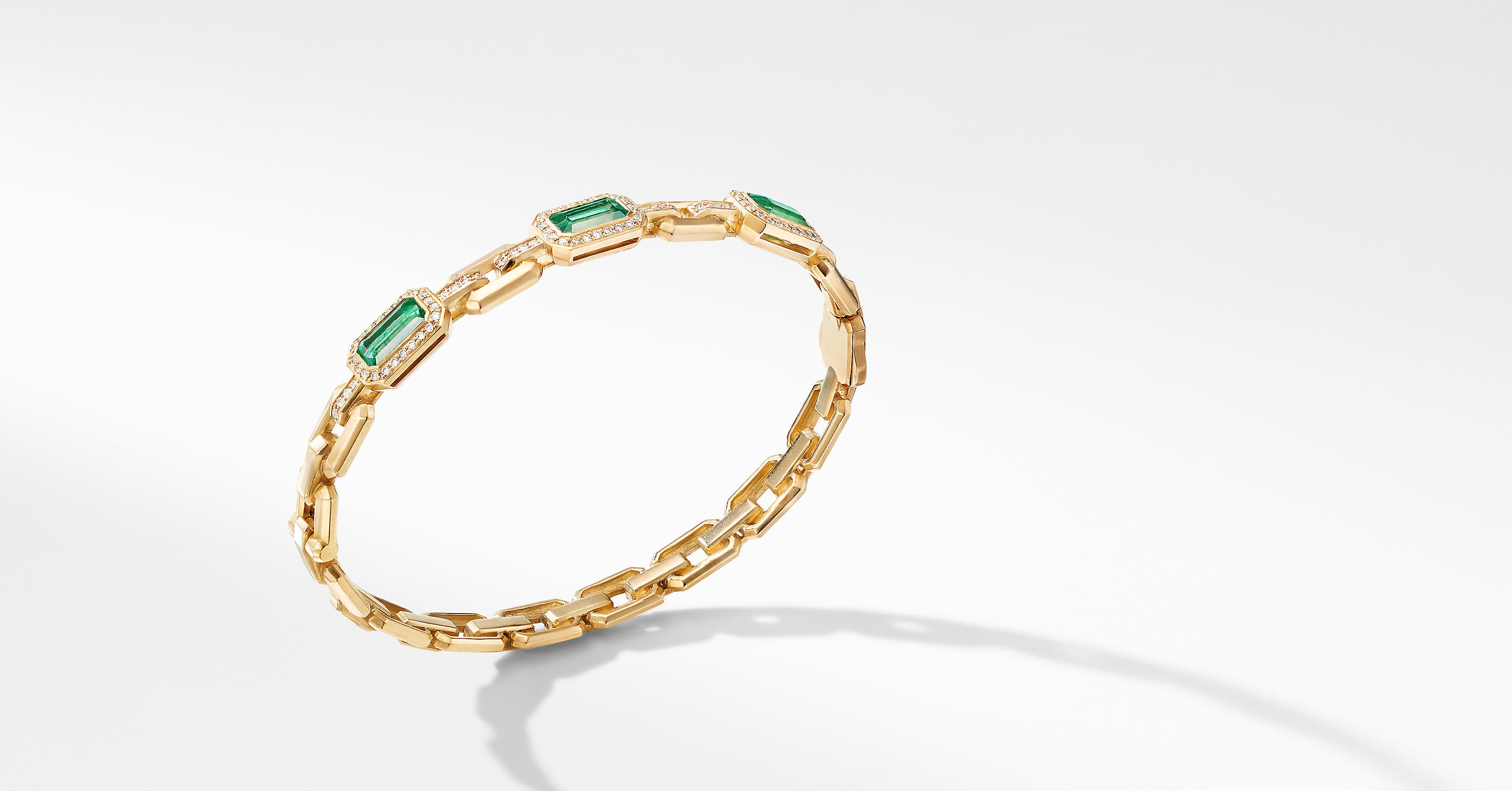 Novella Three Stone Bracelet in 18K Yellow Gold with Pavé