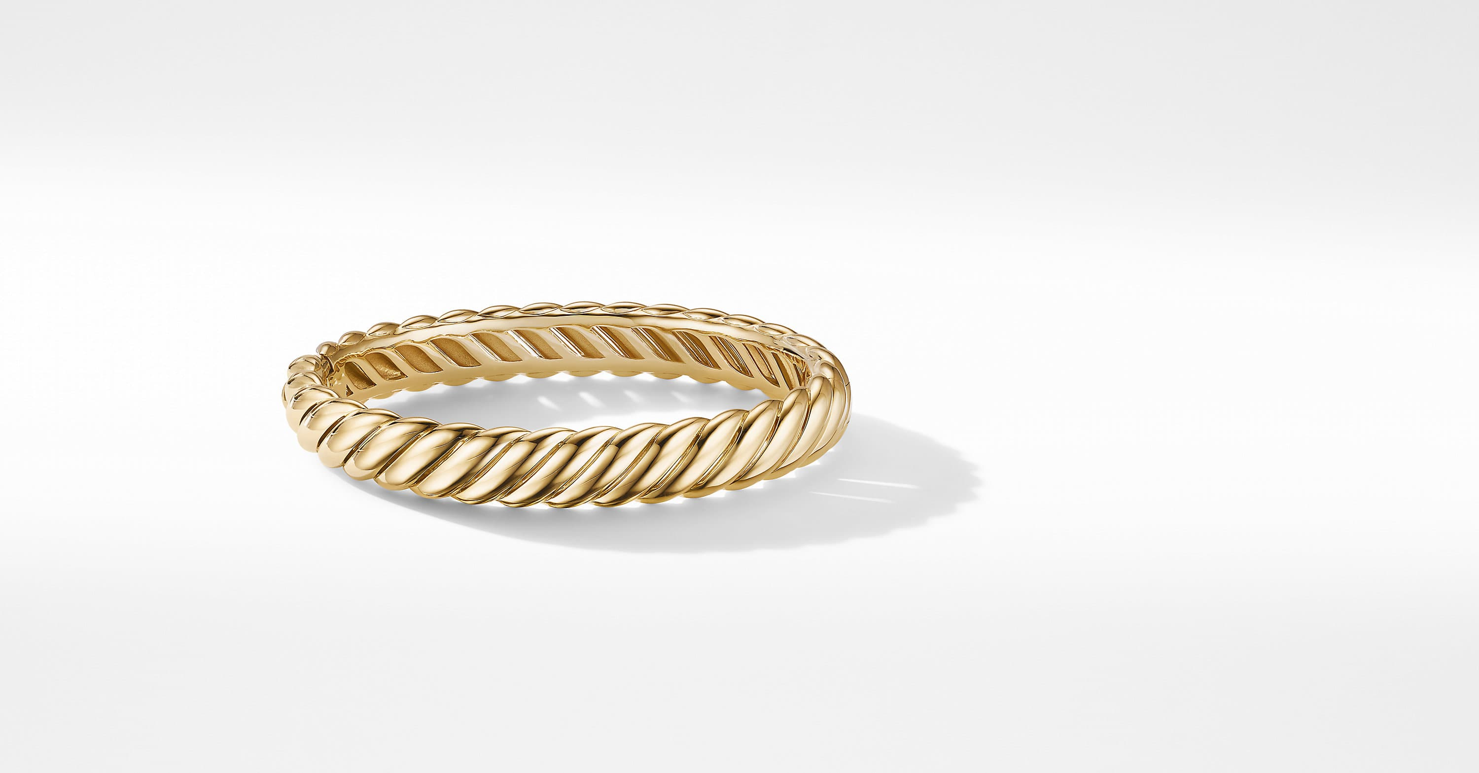 Sculpted Cable Bracelet in 18K Yellow Gold, 10mm