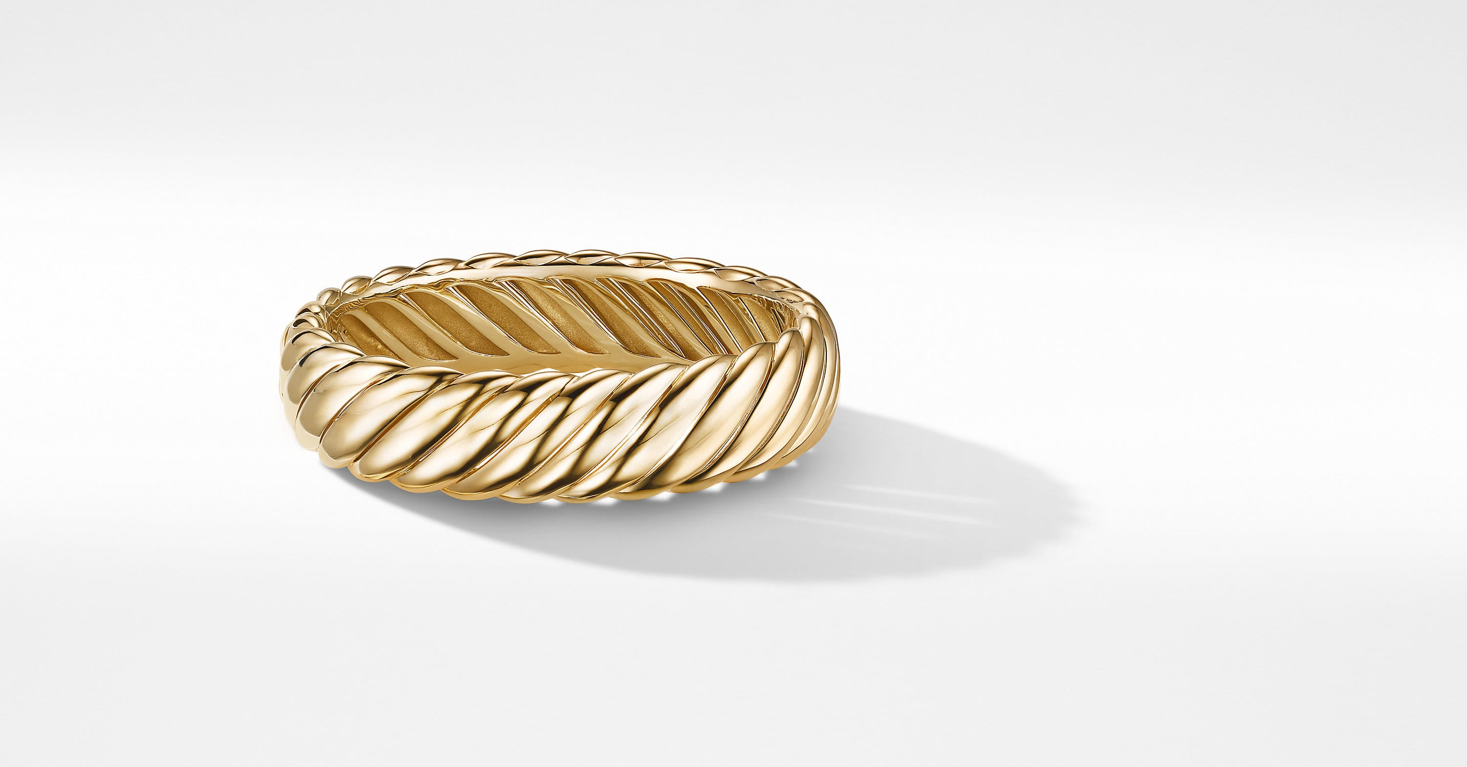 Sculpted Cable Bracelet in 18K Yellow Gold, 17mm