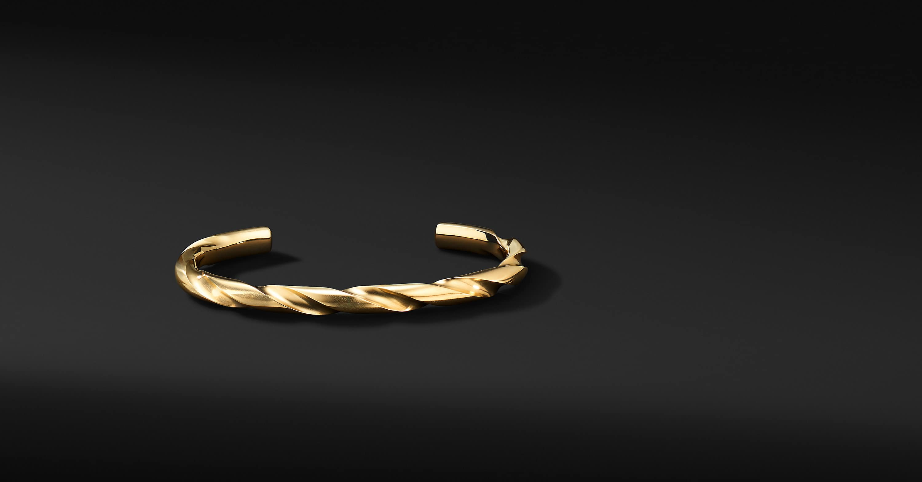 Modern Cable Cuff Bracelet in 18K Yellow Gold, 6mm