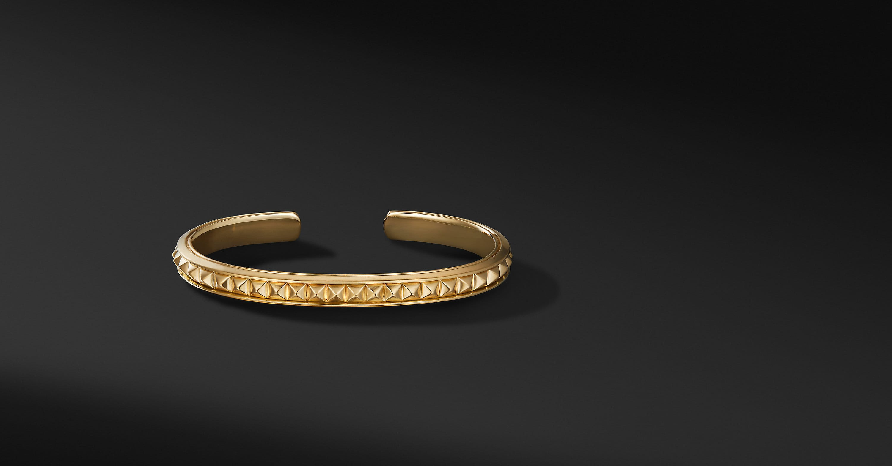 Pyramid Cuff Bracelet in 18K Yellow Gold, 7mm