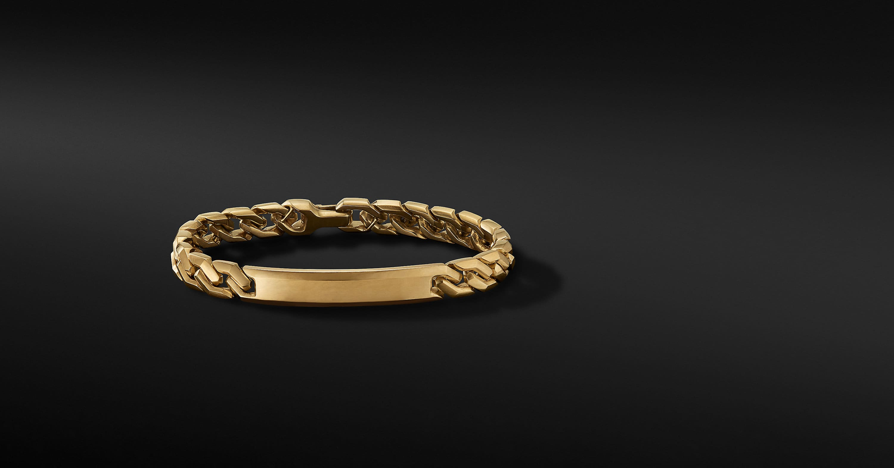 Curb Chain Link ID Bracelet in 18K Yellow Gold, 8.7mm