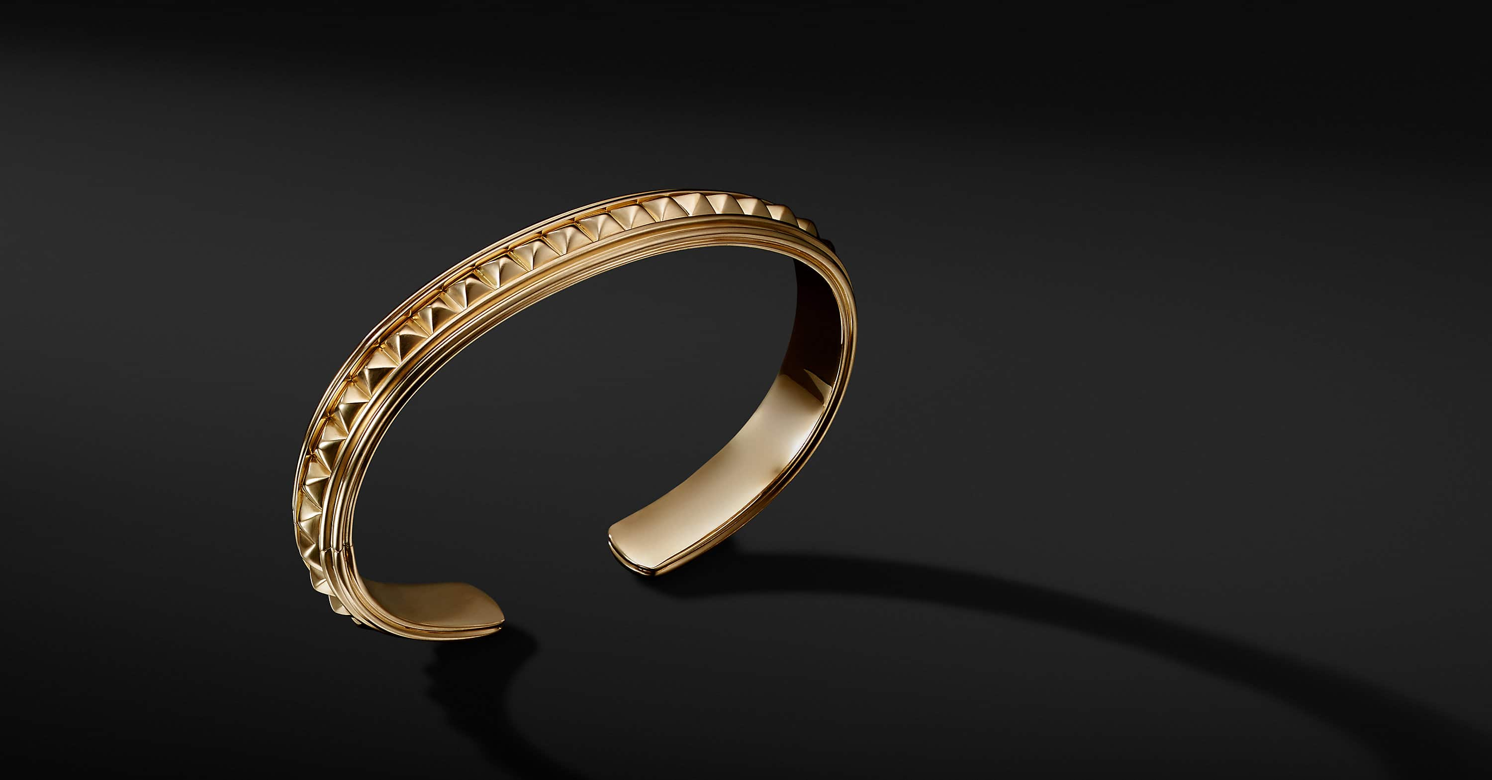 Pyramid Cuff Bracelet in 18K Yellow Gold, 9.5mm