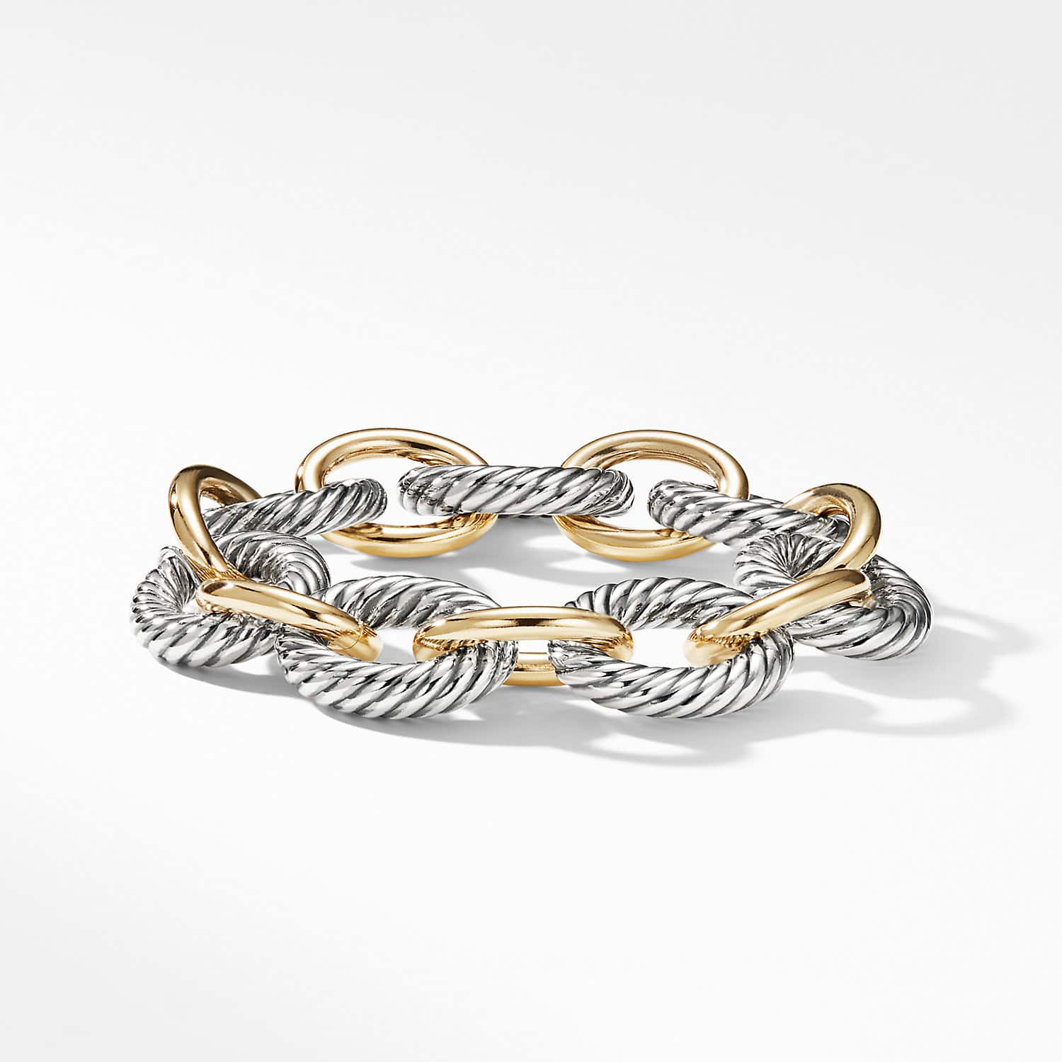 d5ee720b902 Extra-Large Oval Link Bracelet with 18K Gold Product Image