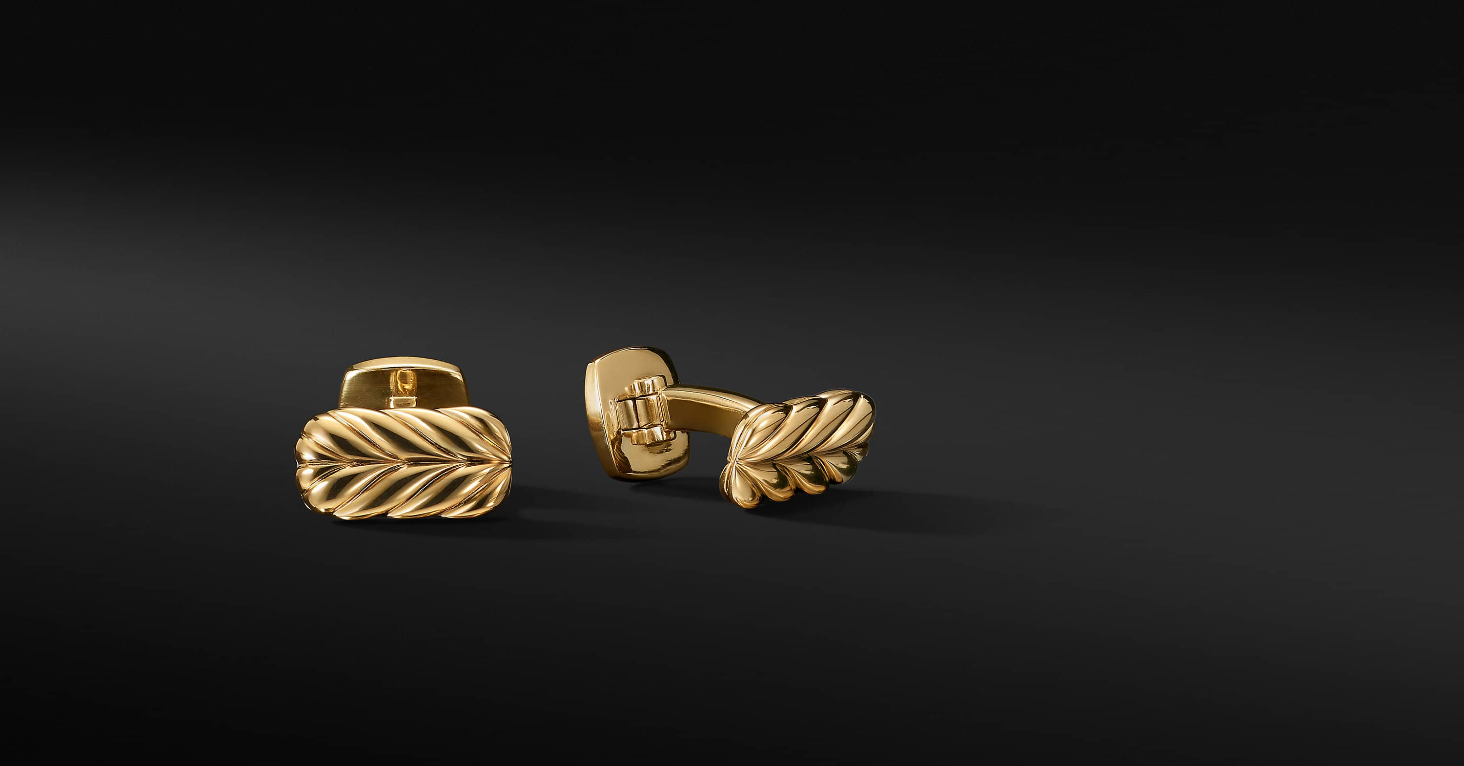 Chevron Cufflinks in 18K Yellow Gold