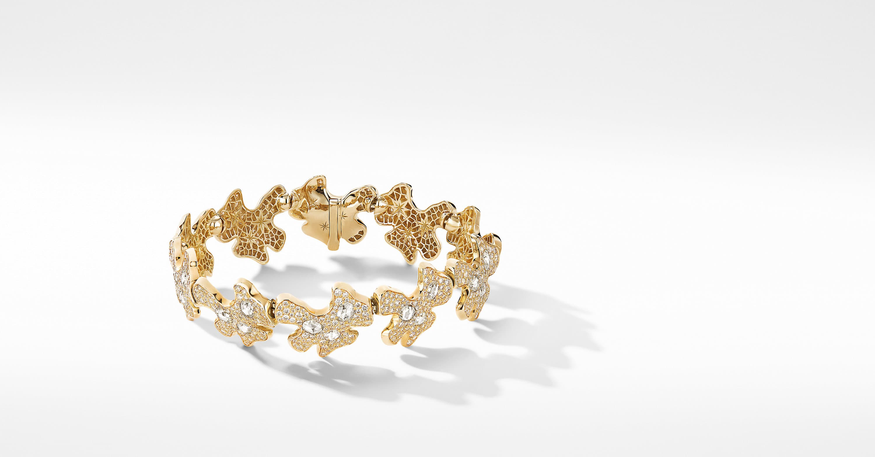 Day Petals Bracelet in Yellow Gold with Diamonds
