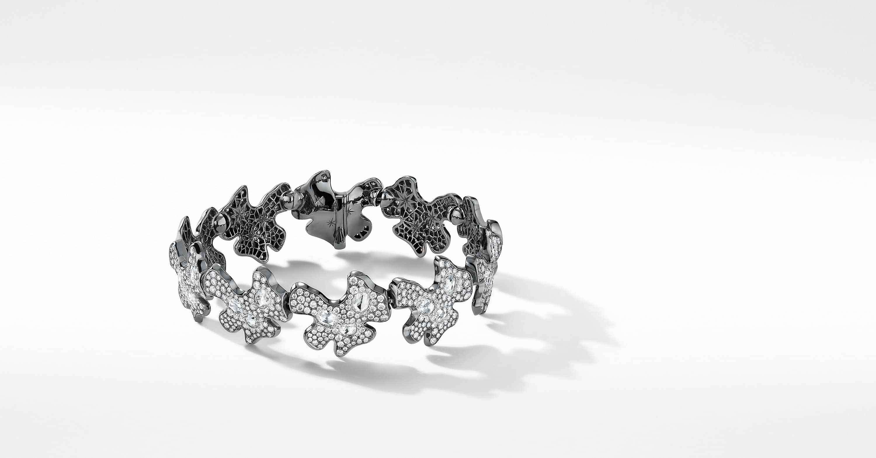 Night Petals Bracelet in White Gold with Diamonds