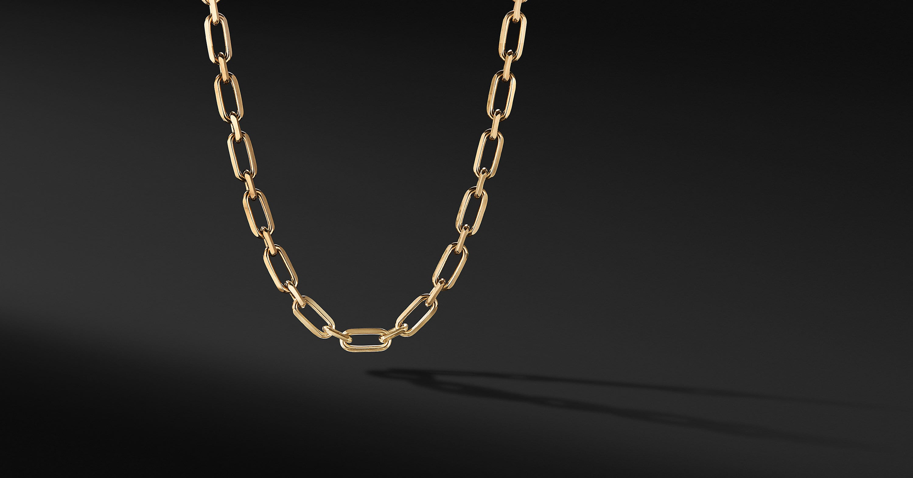 Elongated Open Link Chain in 18K Yellow Gold