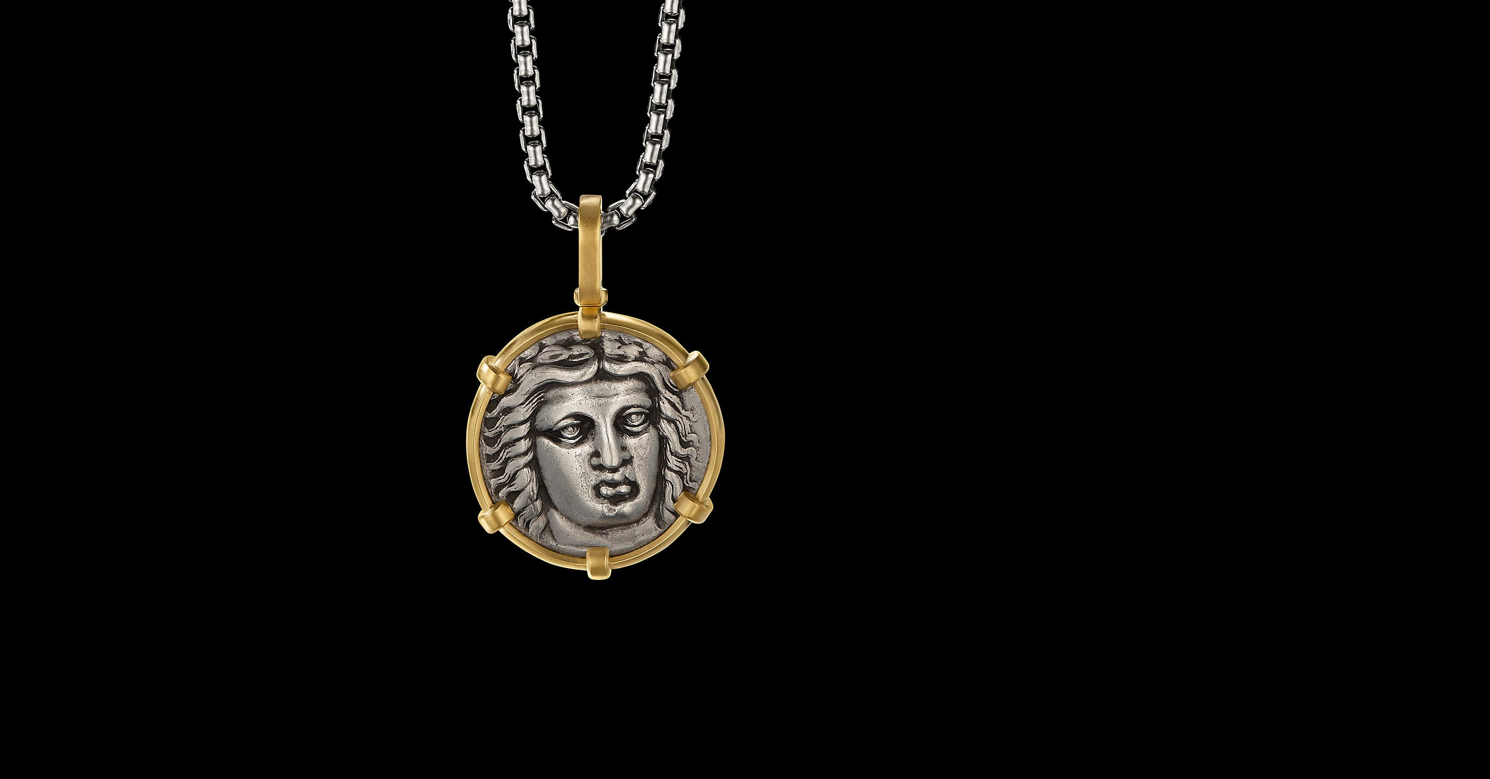 EY SignatureMaussolosCoin Amulet in Silverwith22K Yellow Gold