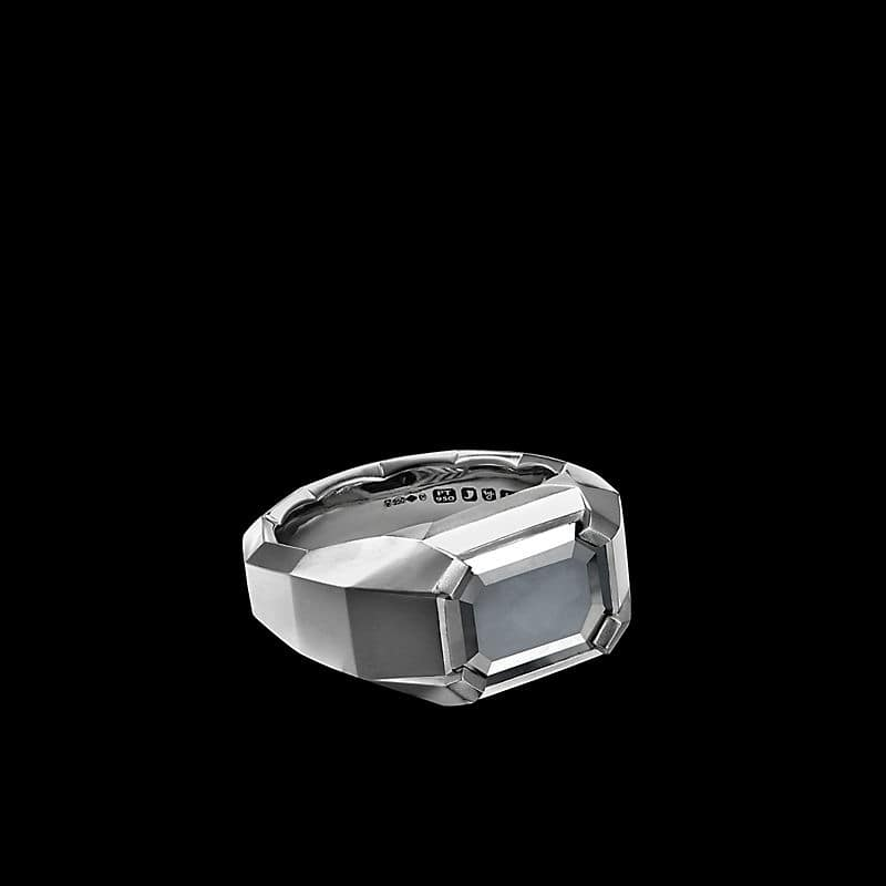 EY® SignatureFaceted Ring in Platinum with a Black