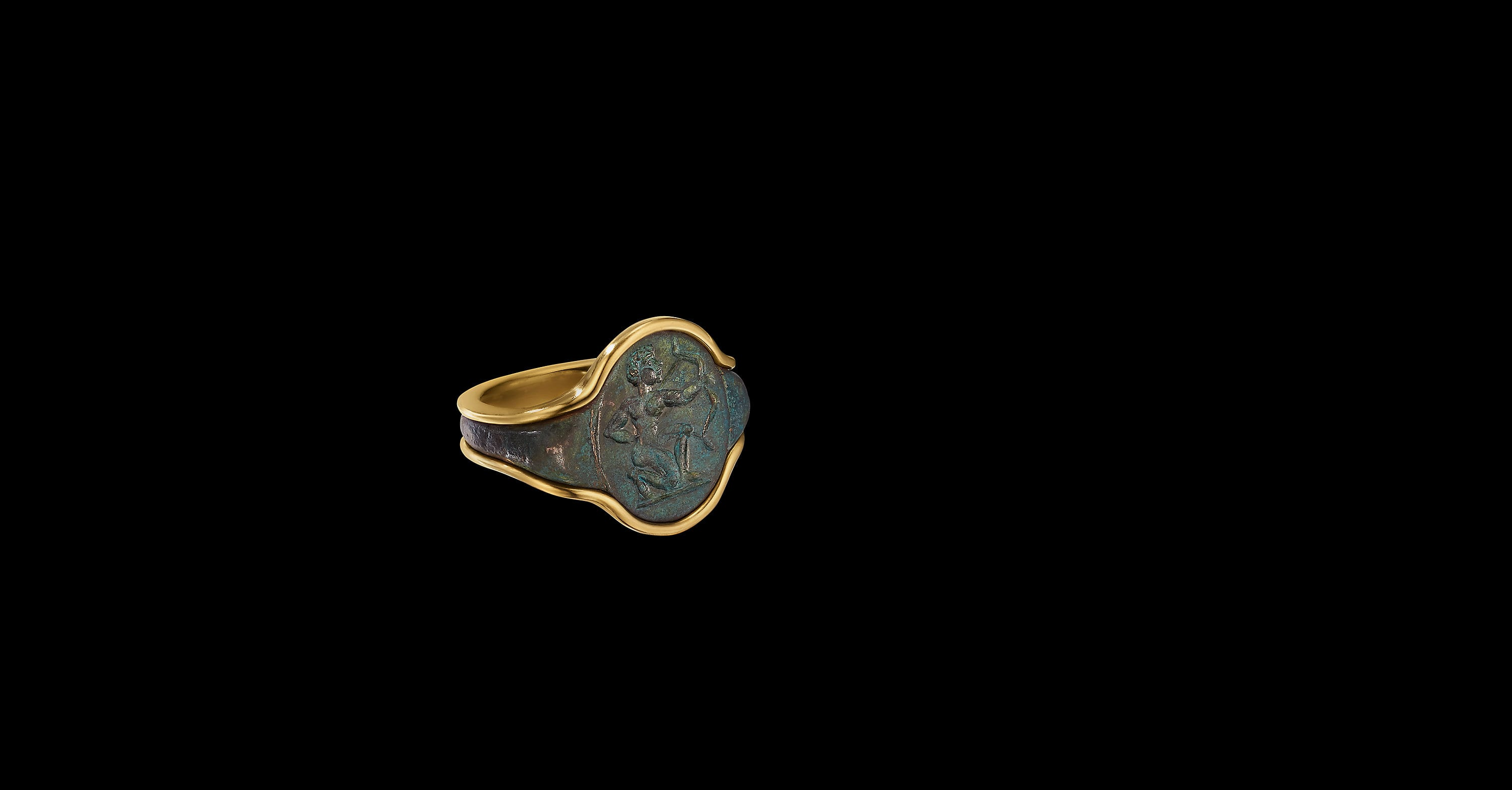 EY SignatureArcher Signet Ringwith 22K Yellow Gold
