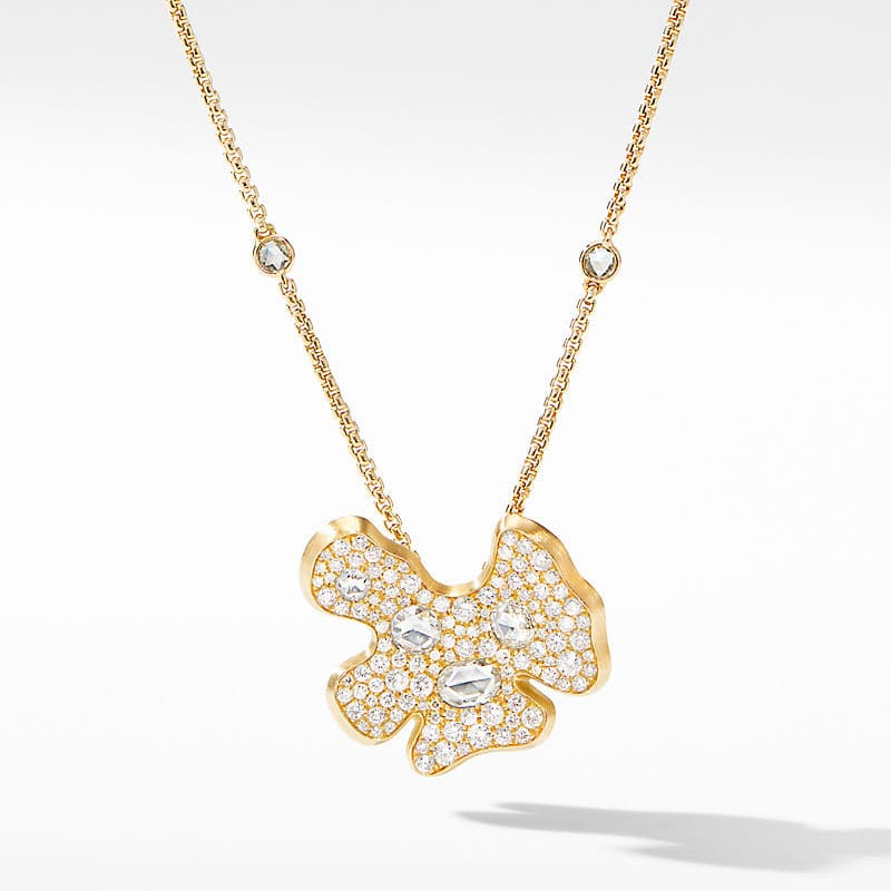 Day Petals Pendant Necklace in Yellow Gold with Diamonds