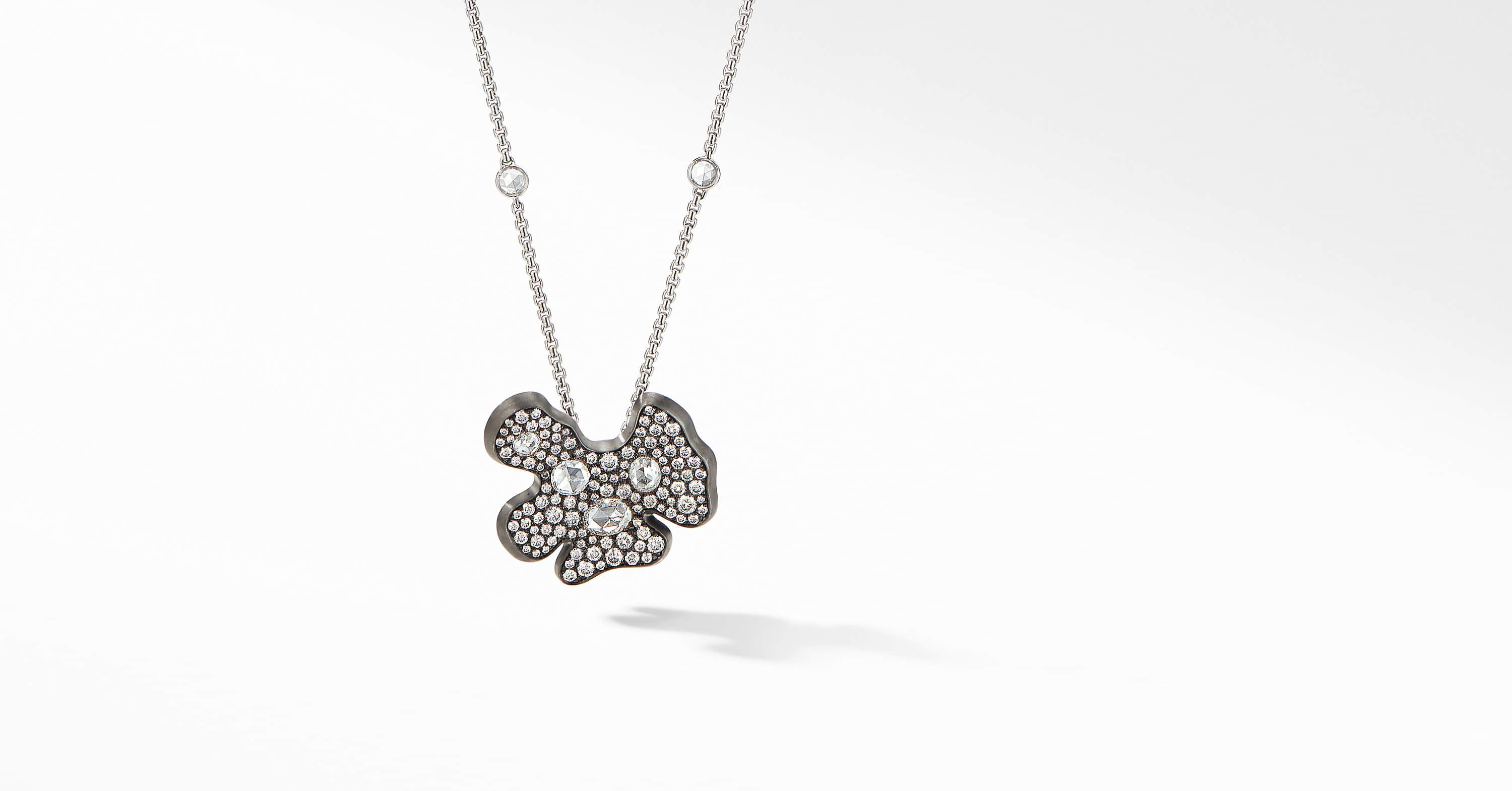 Night Petals Pendant in White Gold with Diamonds