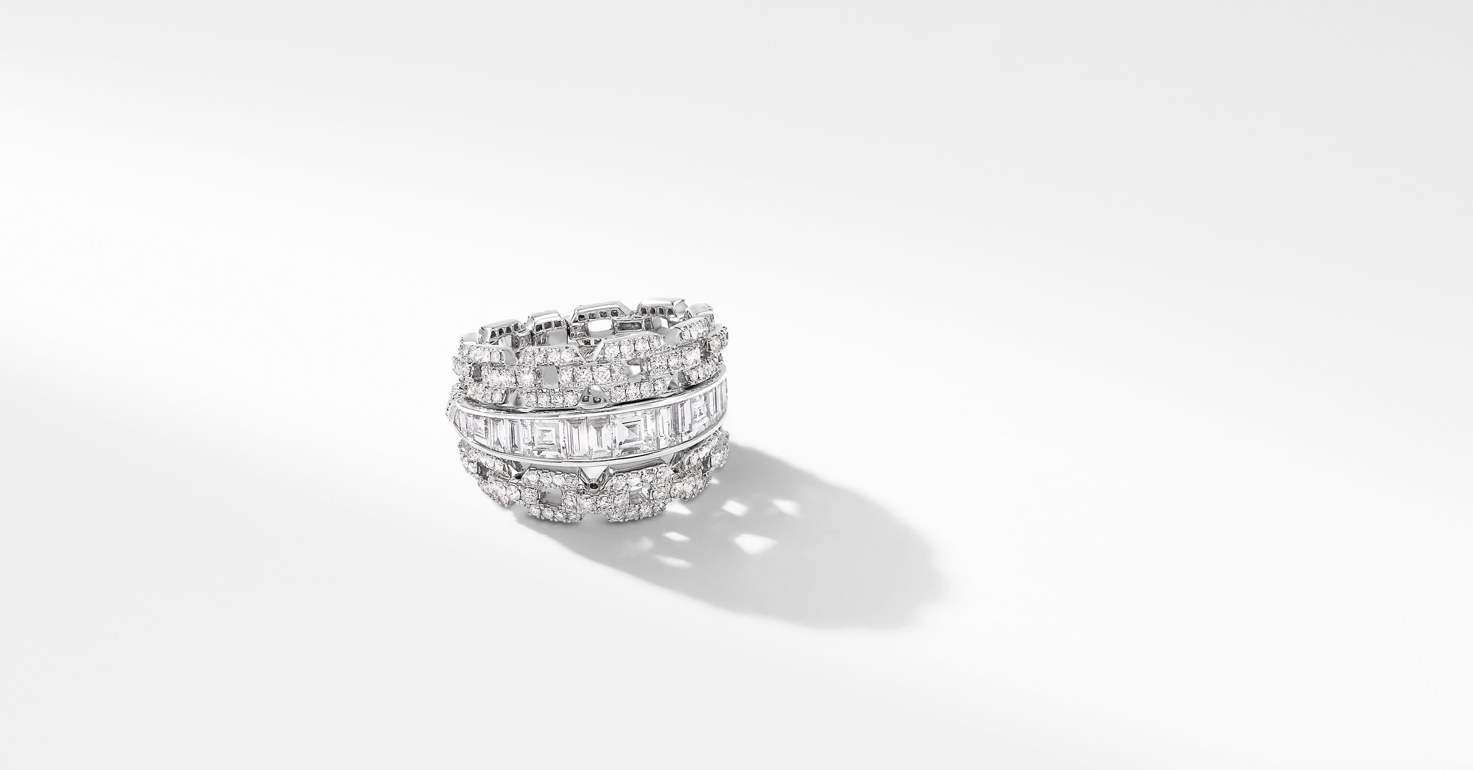 Stax Chain Ring in White Gold with Diamonds