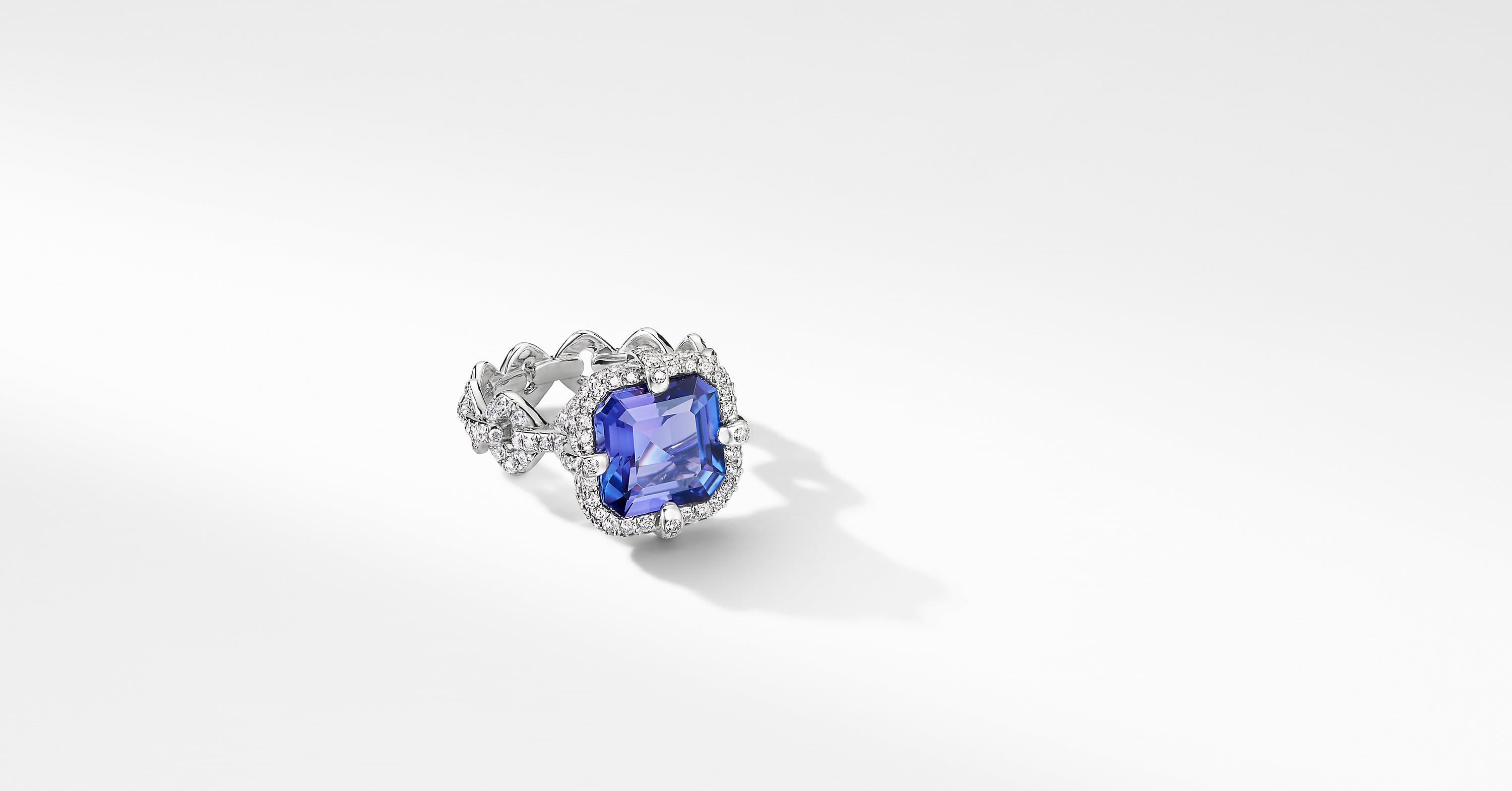 Gems Ring in White Gold with Diamonds