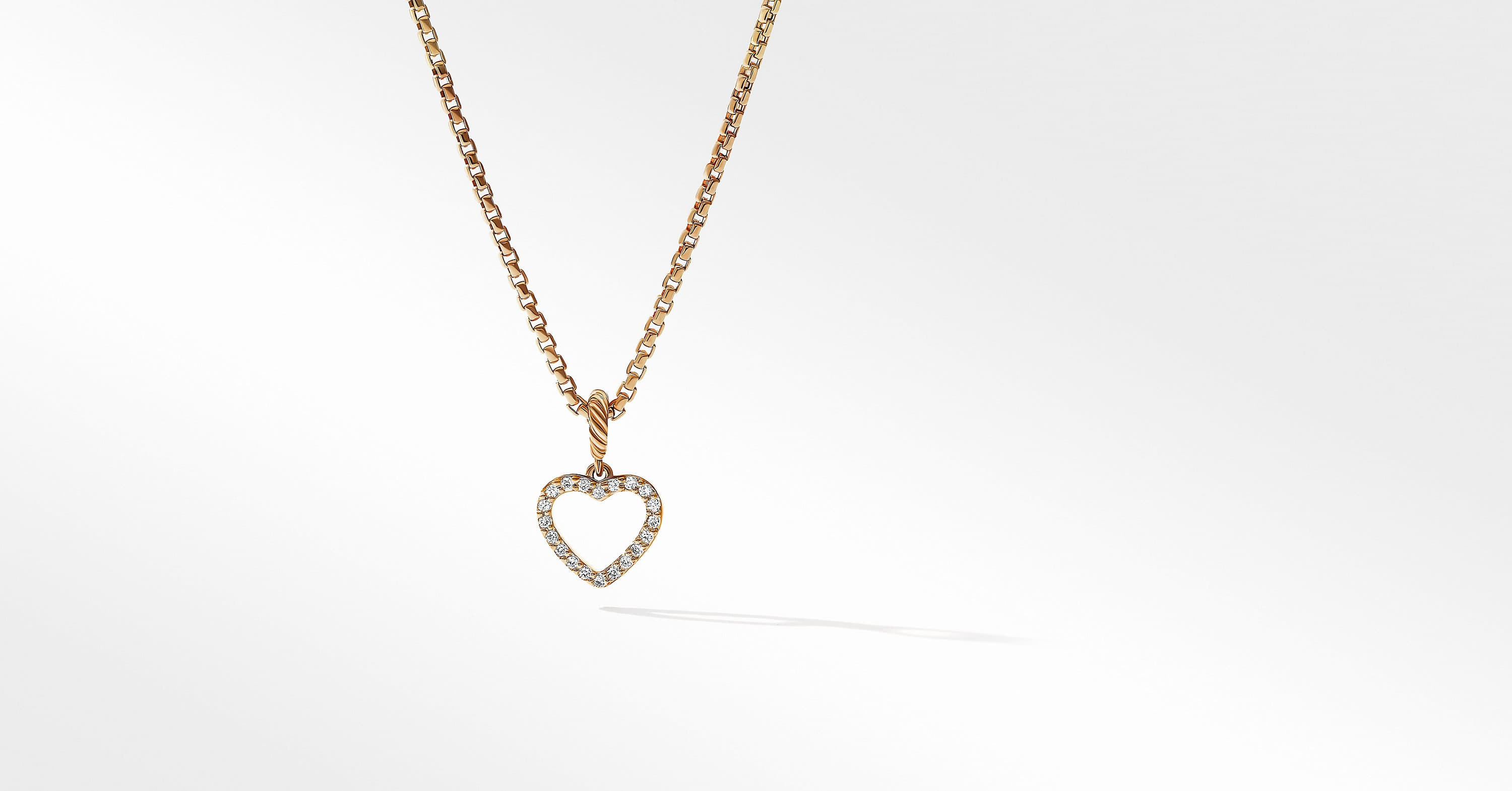 Heart Amulet in 18K Yellow Gold with Diamonds