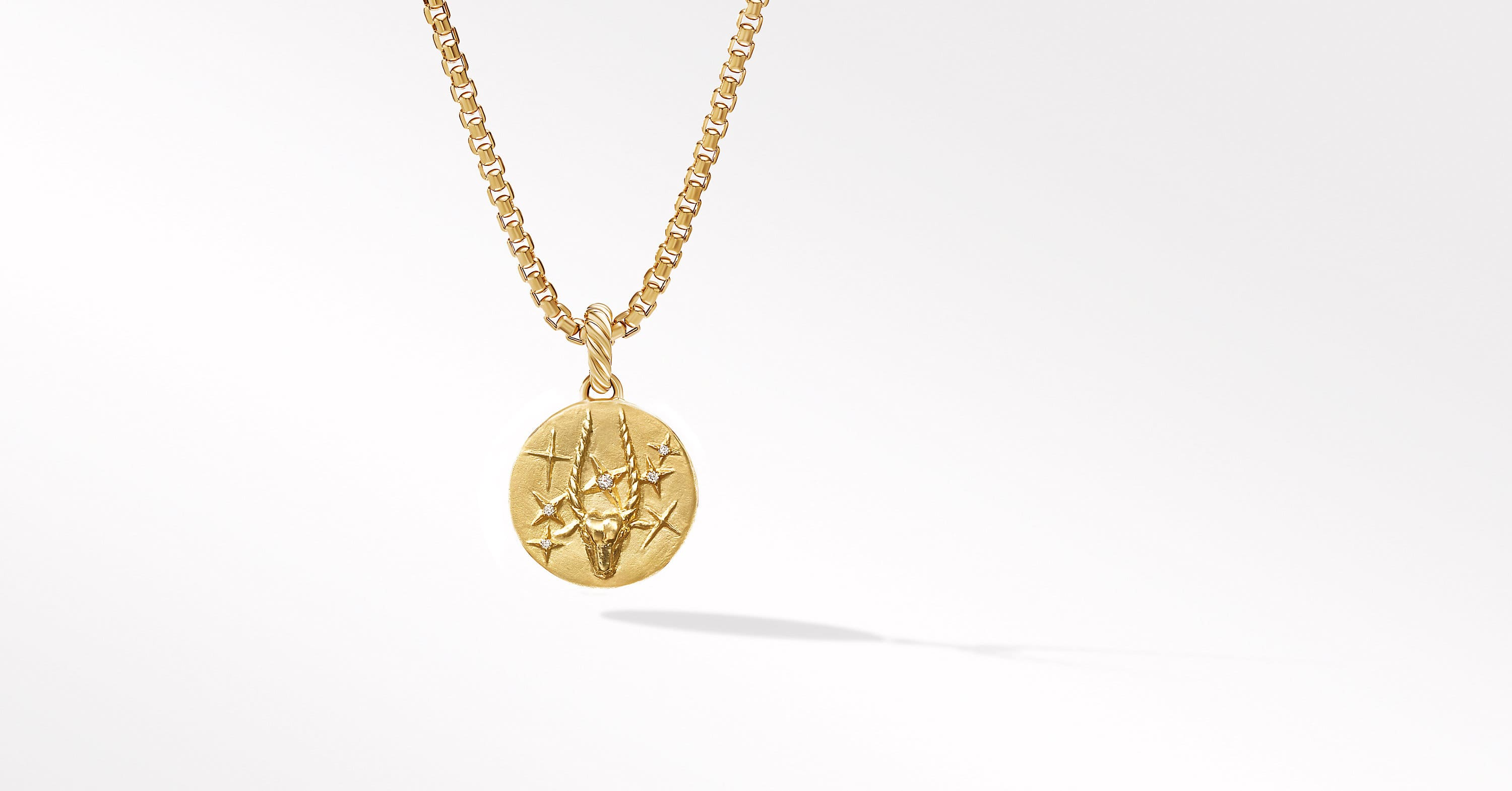 Capricorn Amulet in 18K Yellow Gold with Diamonds
