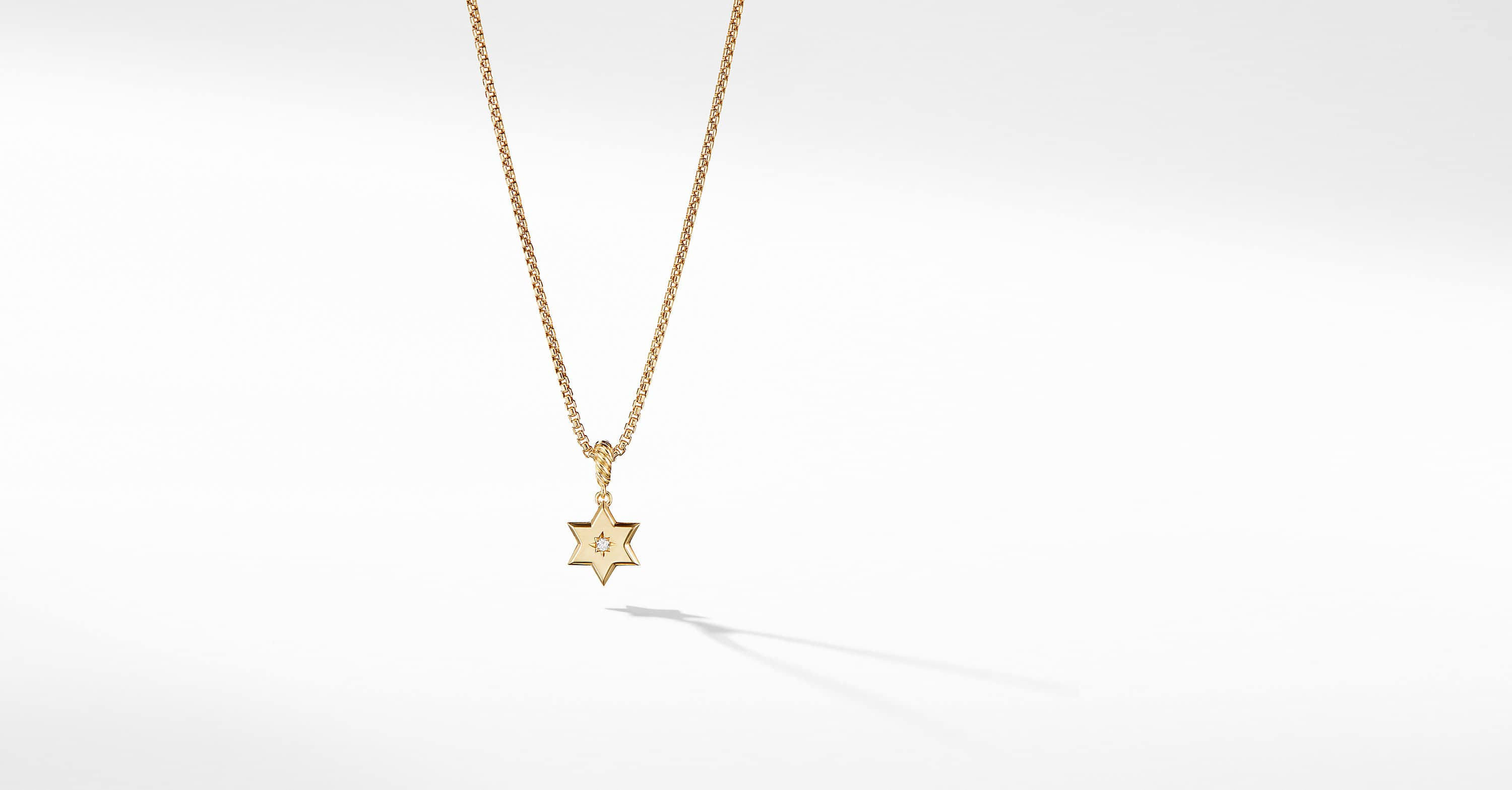 Star of David Pendant in 18K Yellow Gold with Diamonds