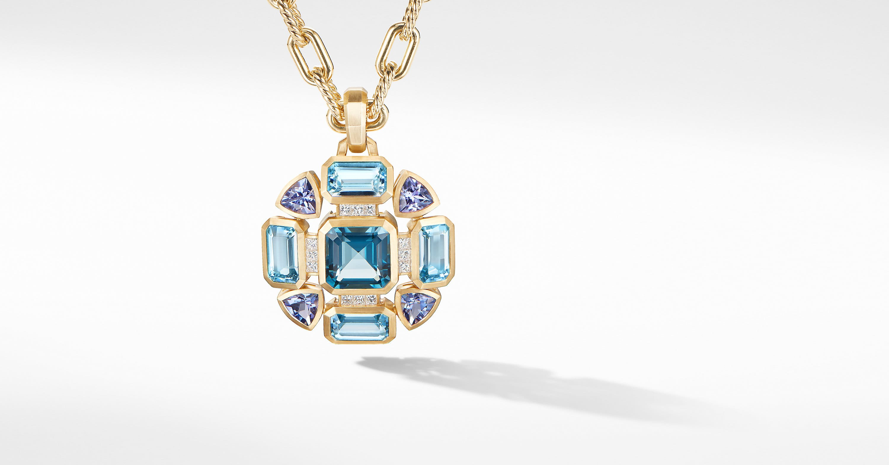 Novella Statement Pendant in 18K Yellow Gold with Diamonds