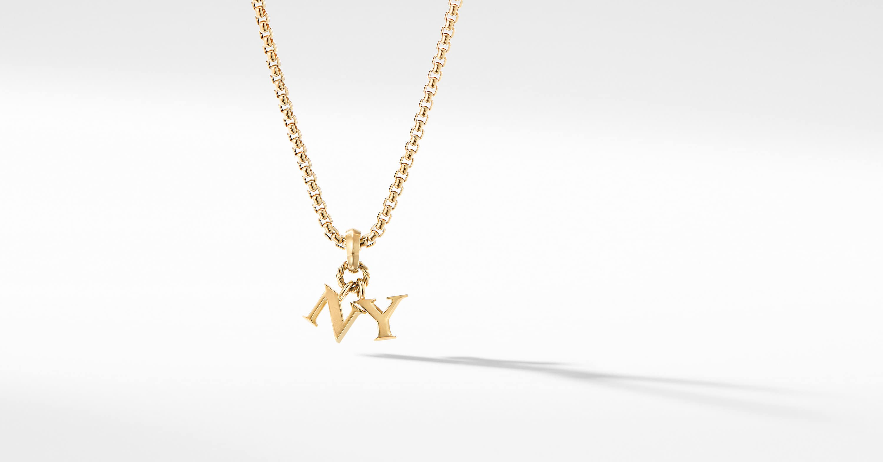 NY Charm in 18K Yellow Gold