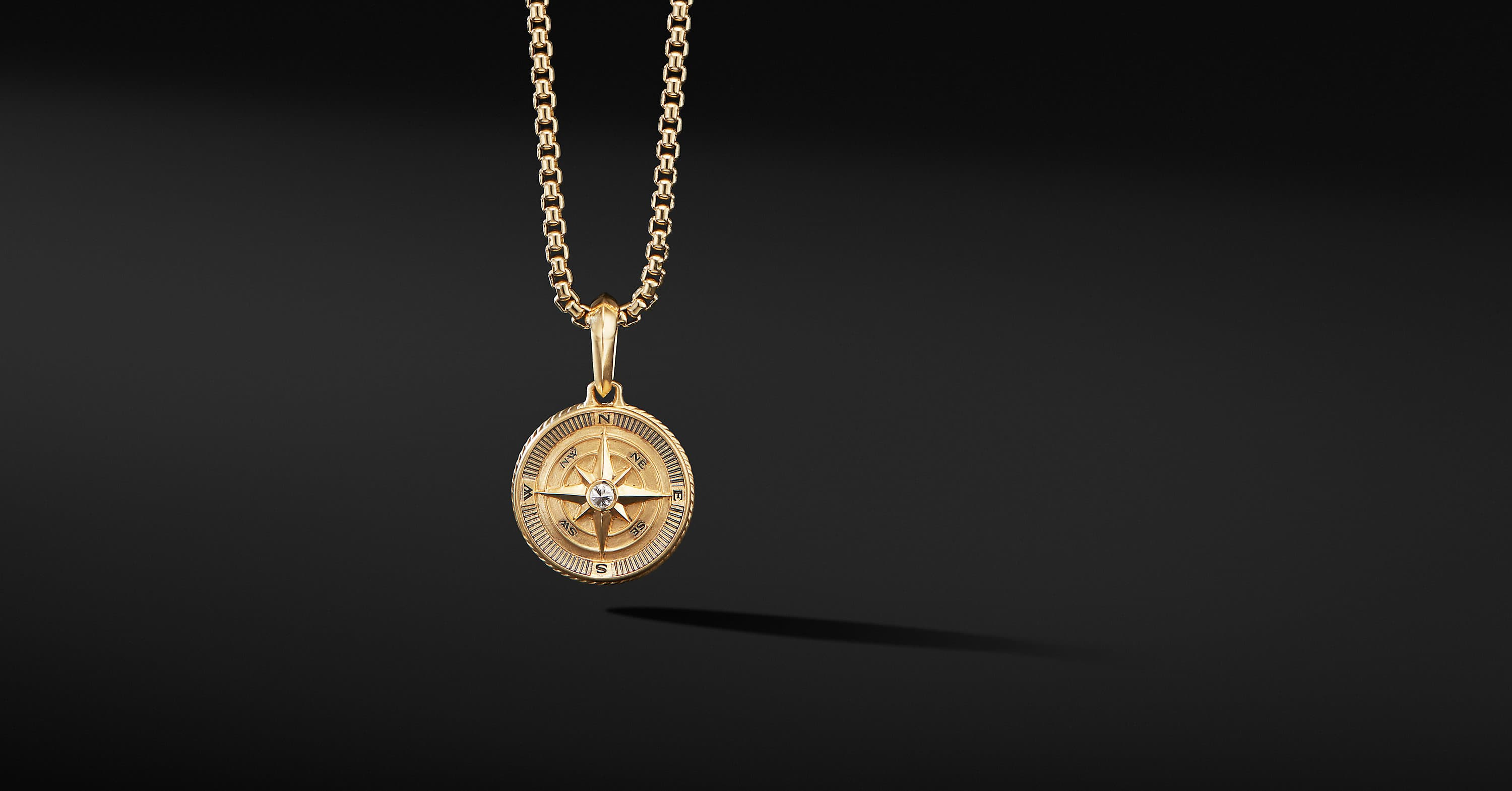 Martime Compass Amulet in 18K Yellow Gold