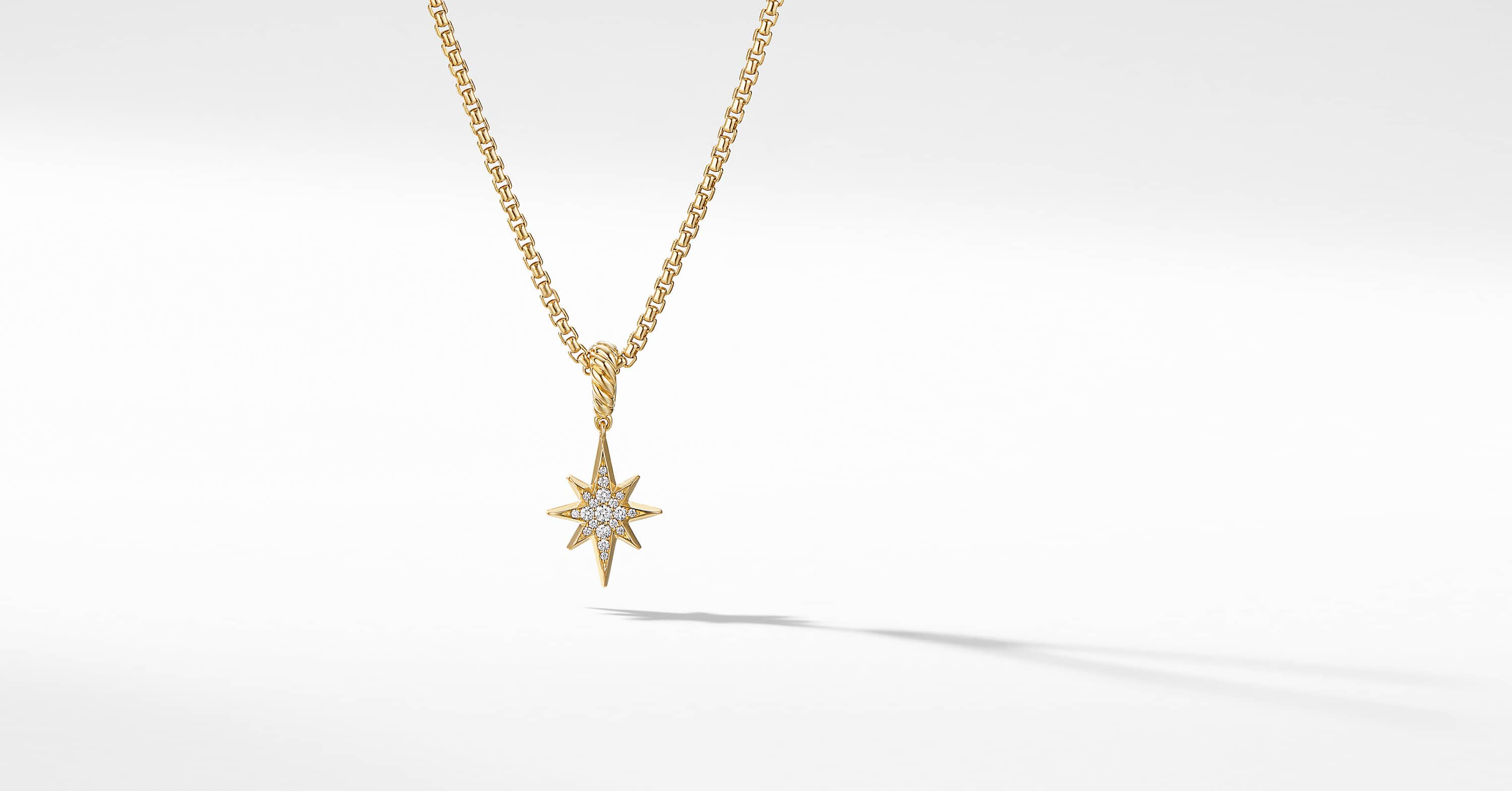 North Star Amulet in 18K Yellow Gold with Diamonds, 15mm