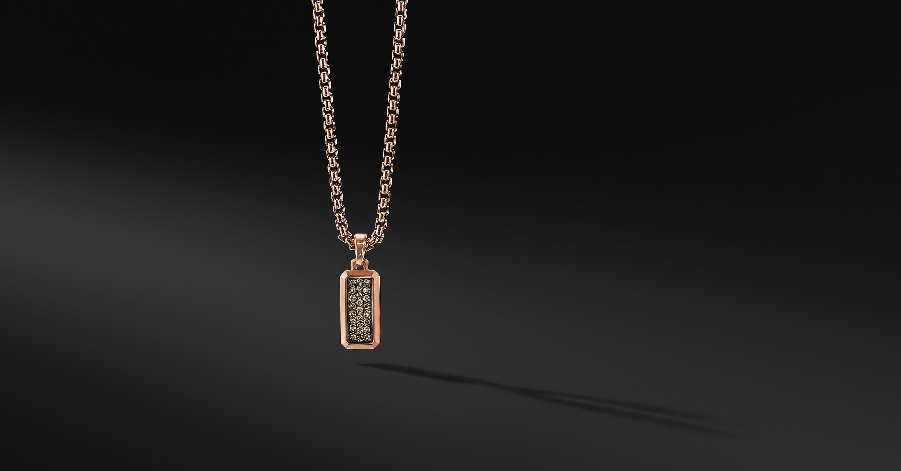 Streamline Amulet in 18K Rose Gold