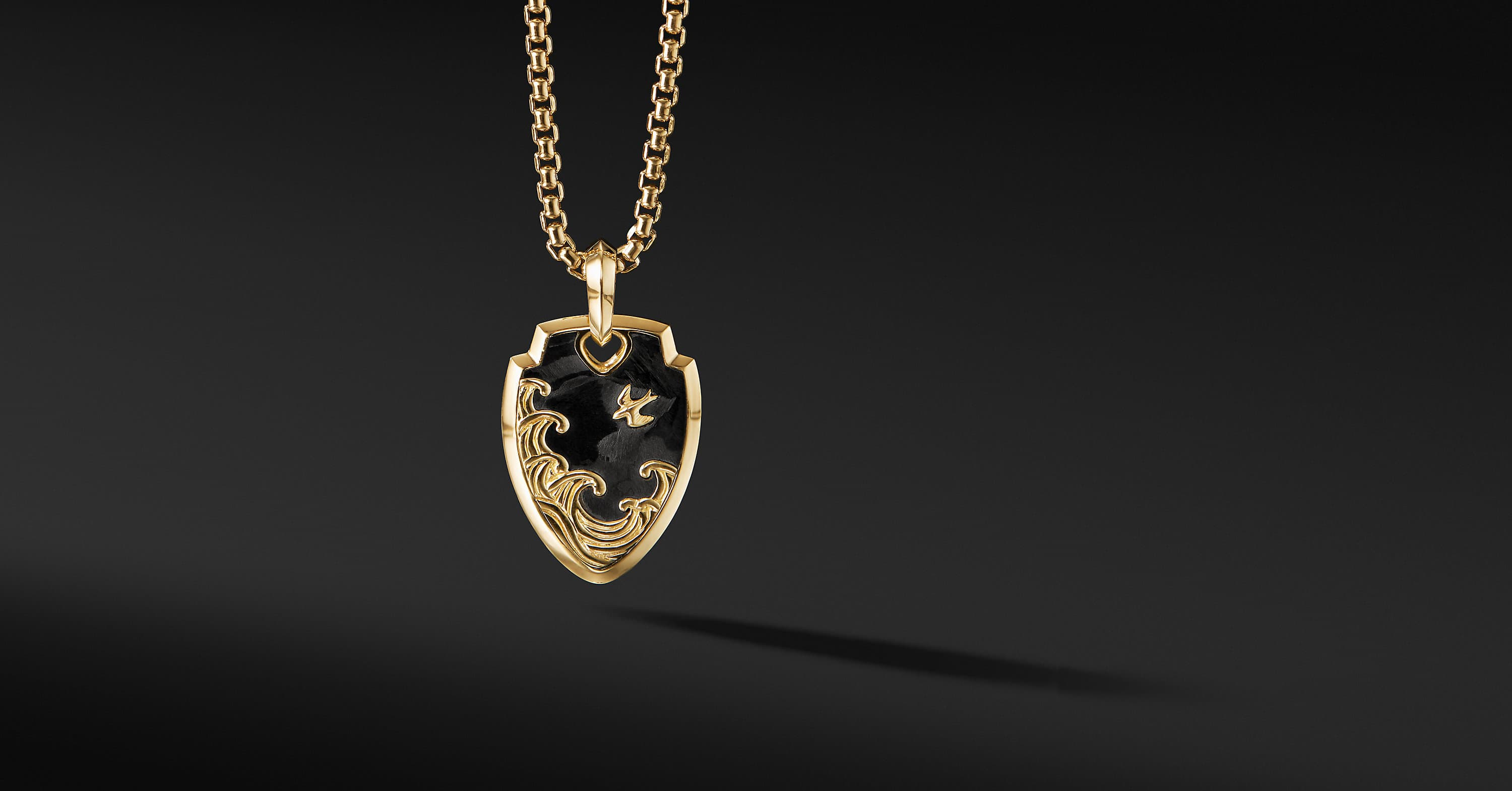 Waves Shield Pendant in 18K Yellow Gold