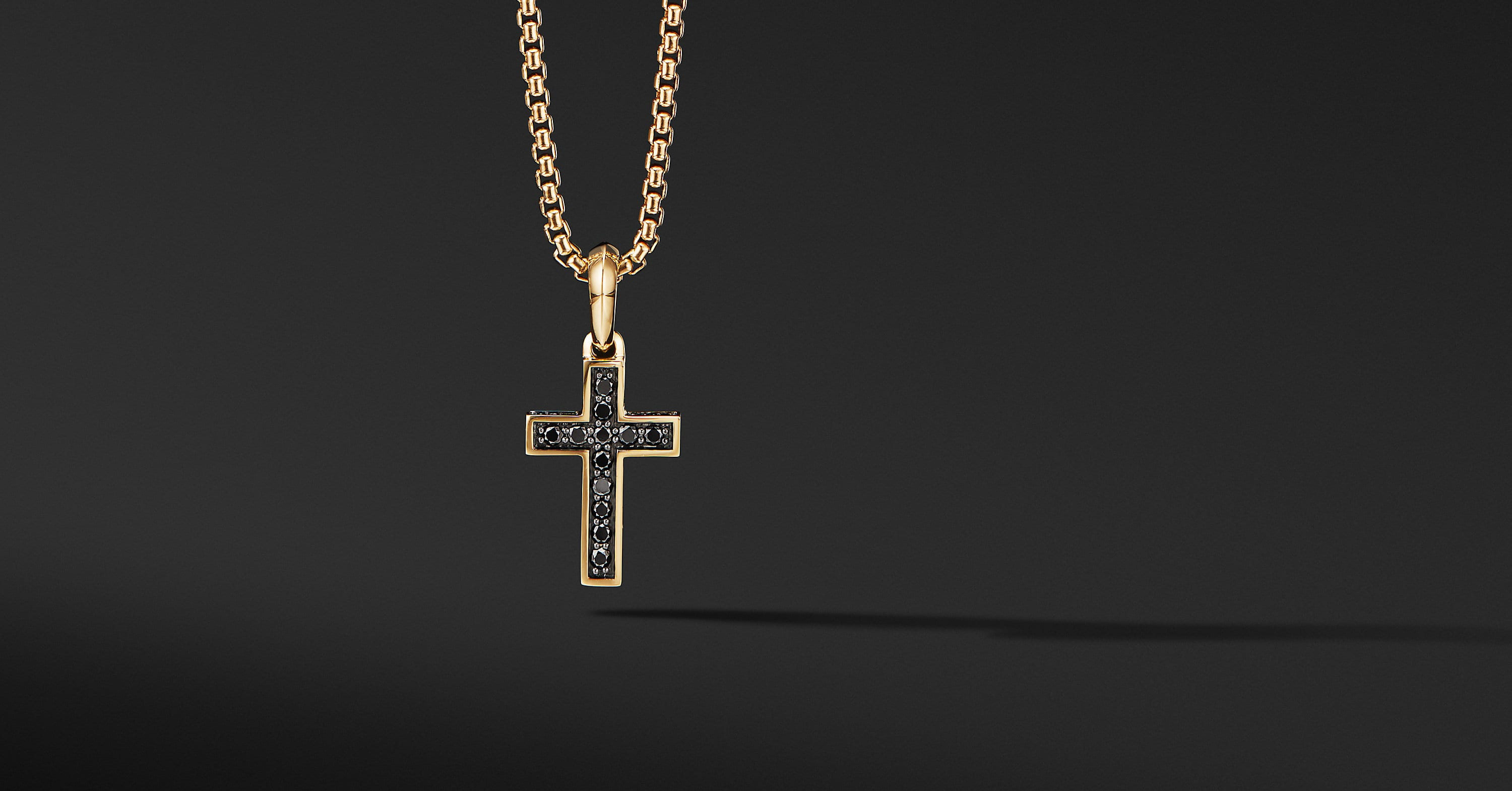 Cross Pendant in 18K Yellow Gold, 23mm