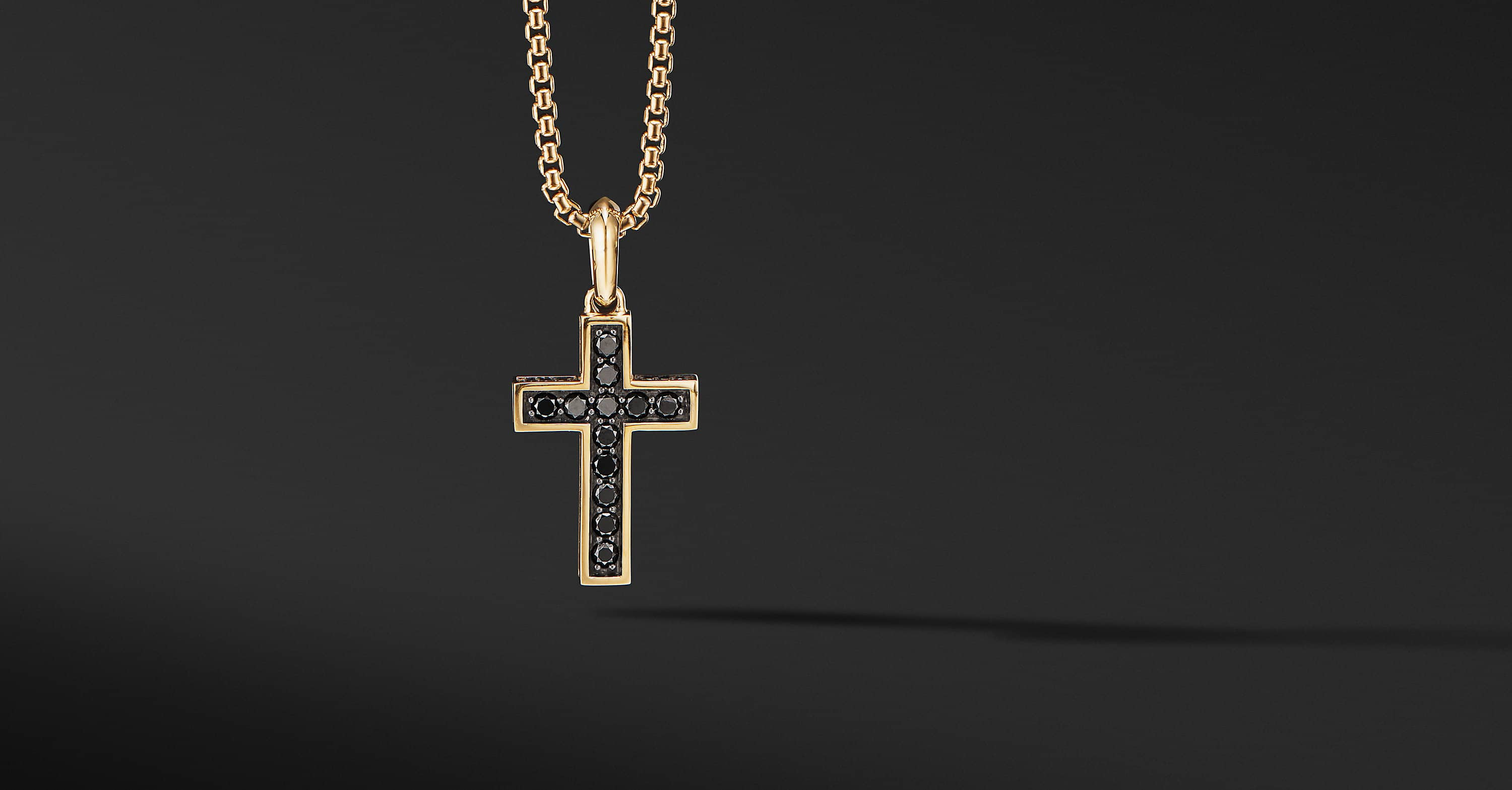 Cross Pendant in 18K Yellow Gold, 28mm