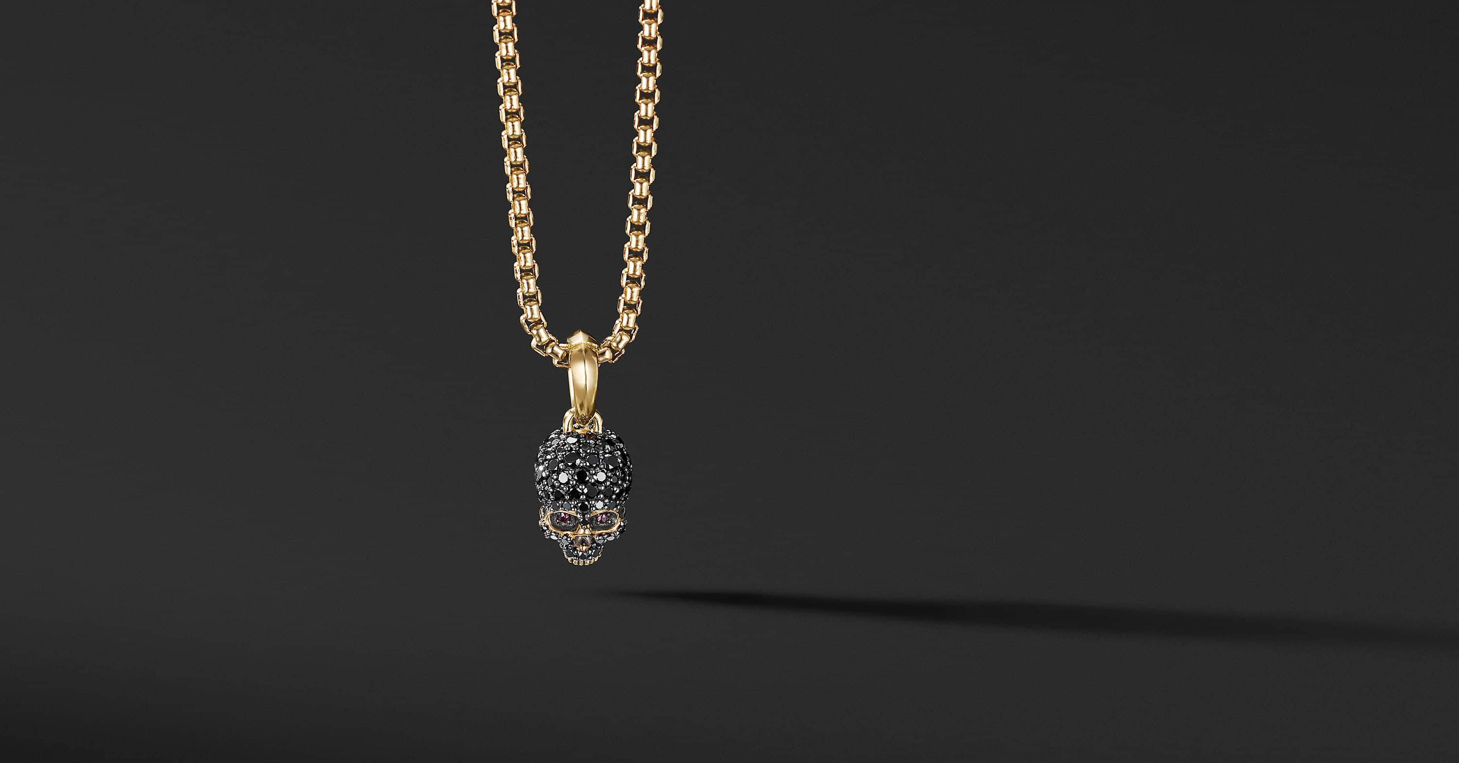 Skull Amulet with Full Pavé and 18K Yellow Gold
