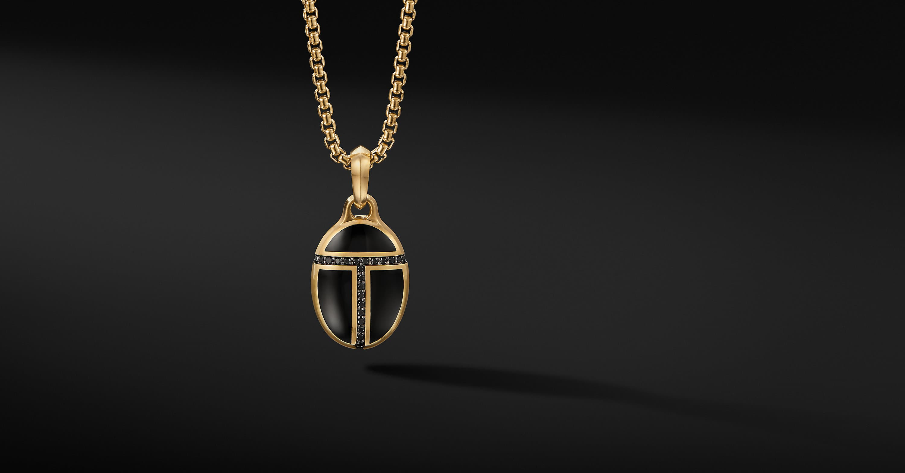 Cairo Amulet in 18K Yellow Gold, 34mm
