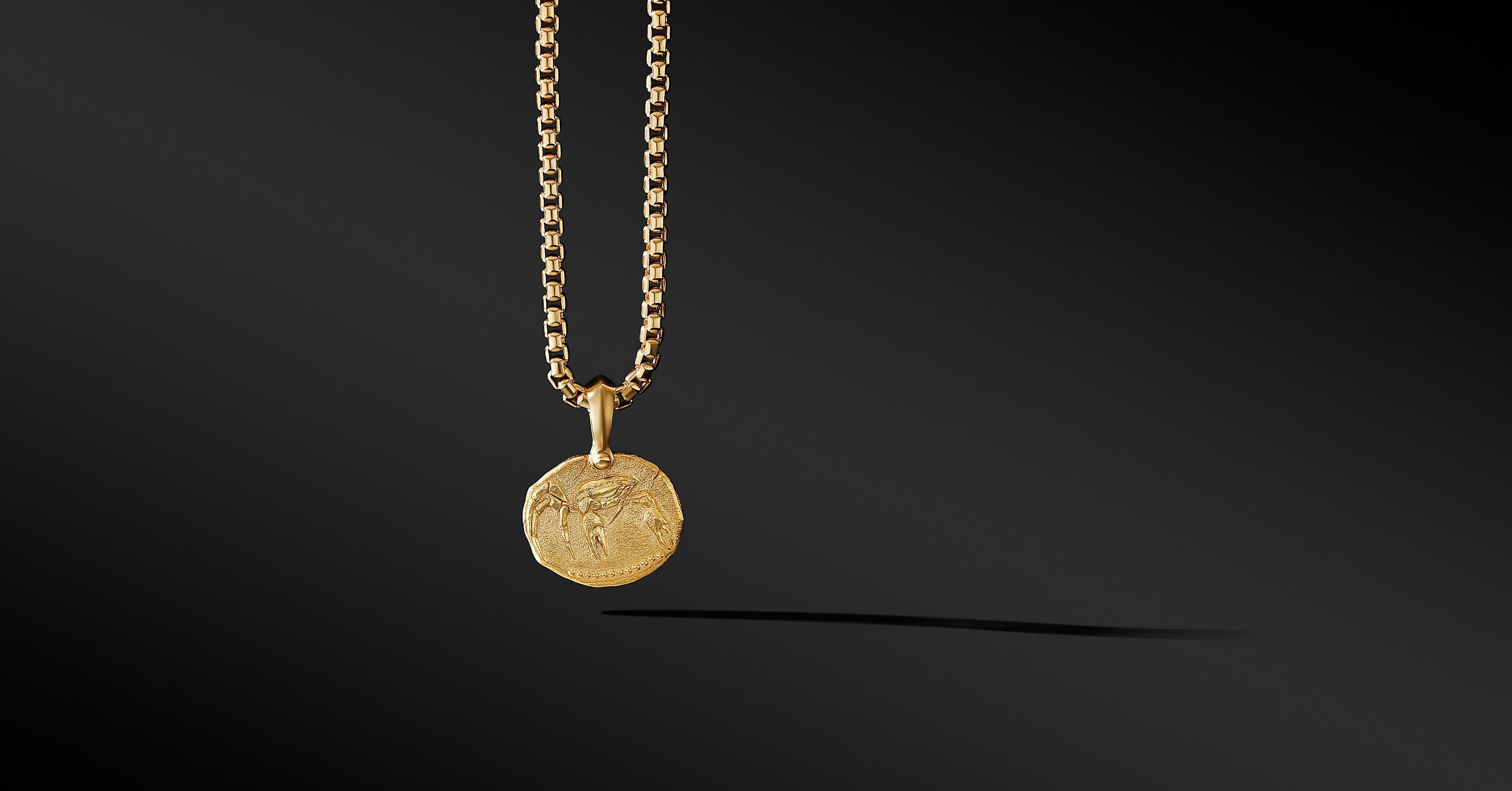 Cancer Amulet in 18K Yellow Gold