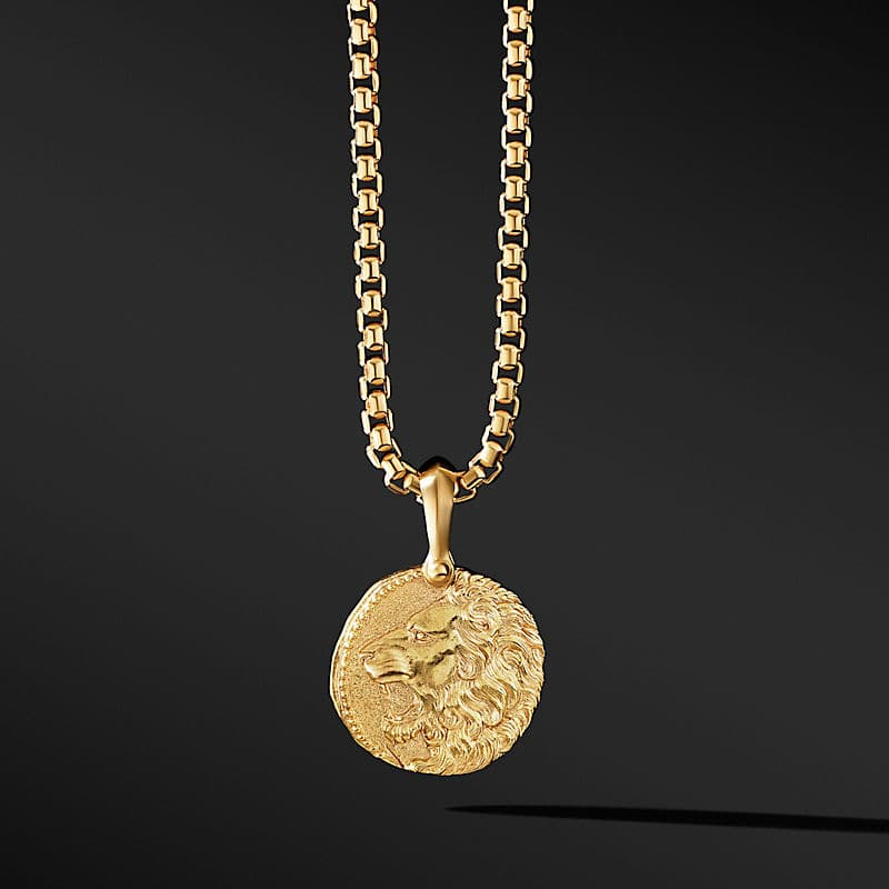 Leo Amulet in 18K Yellow Gold