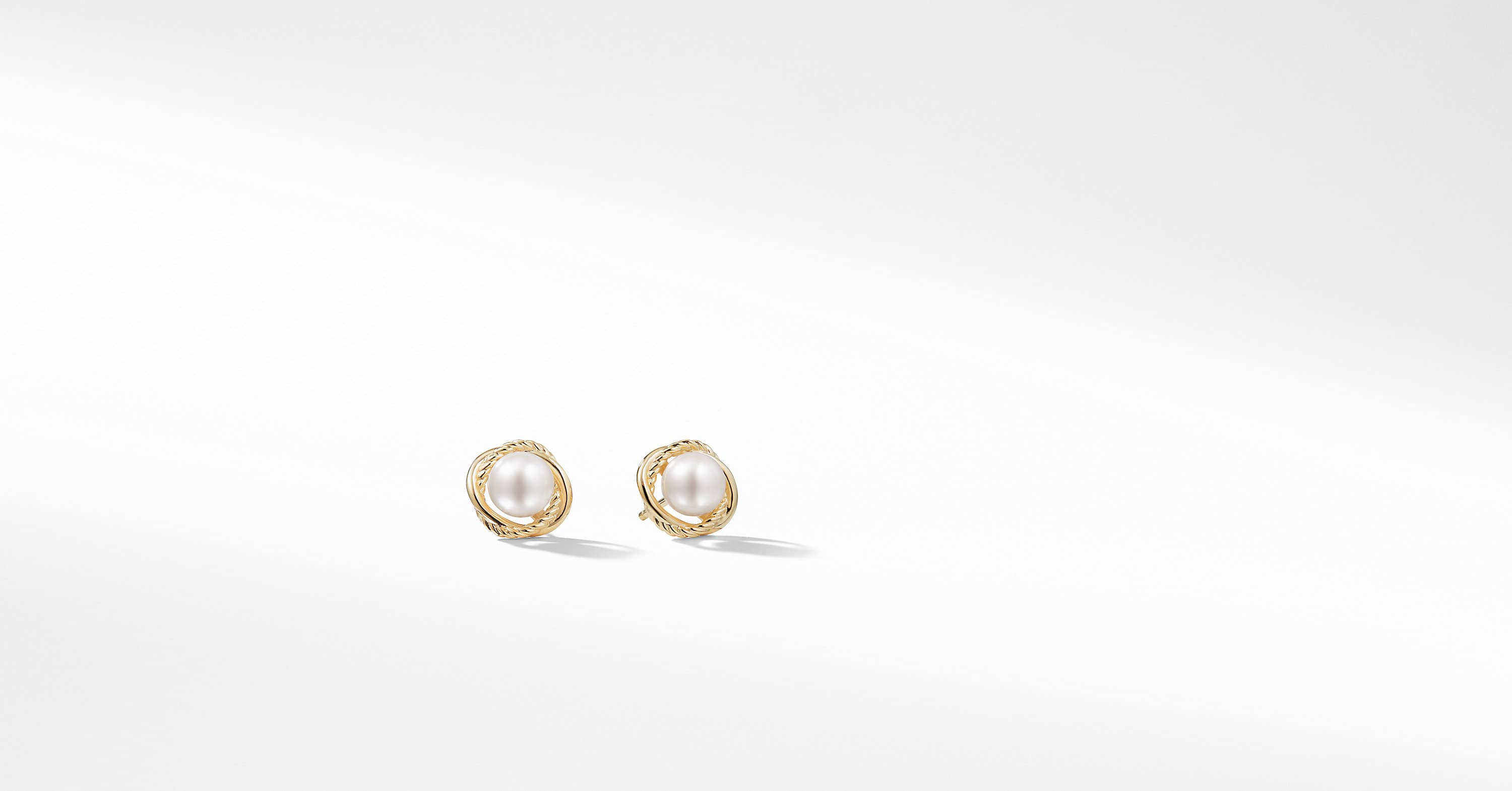 Infinity Earrings with Pearls in 18K Gold