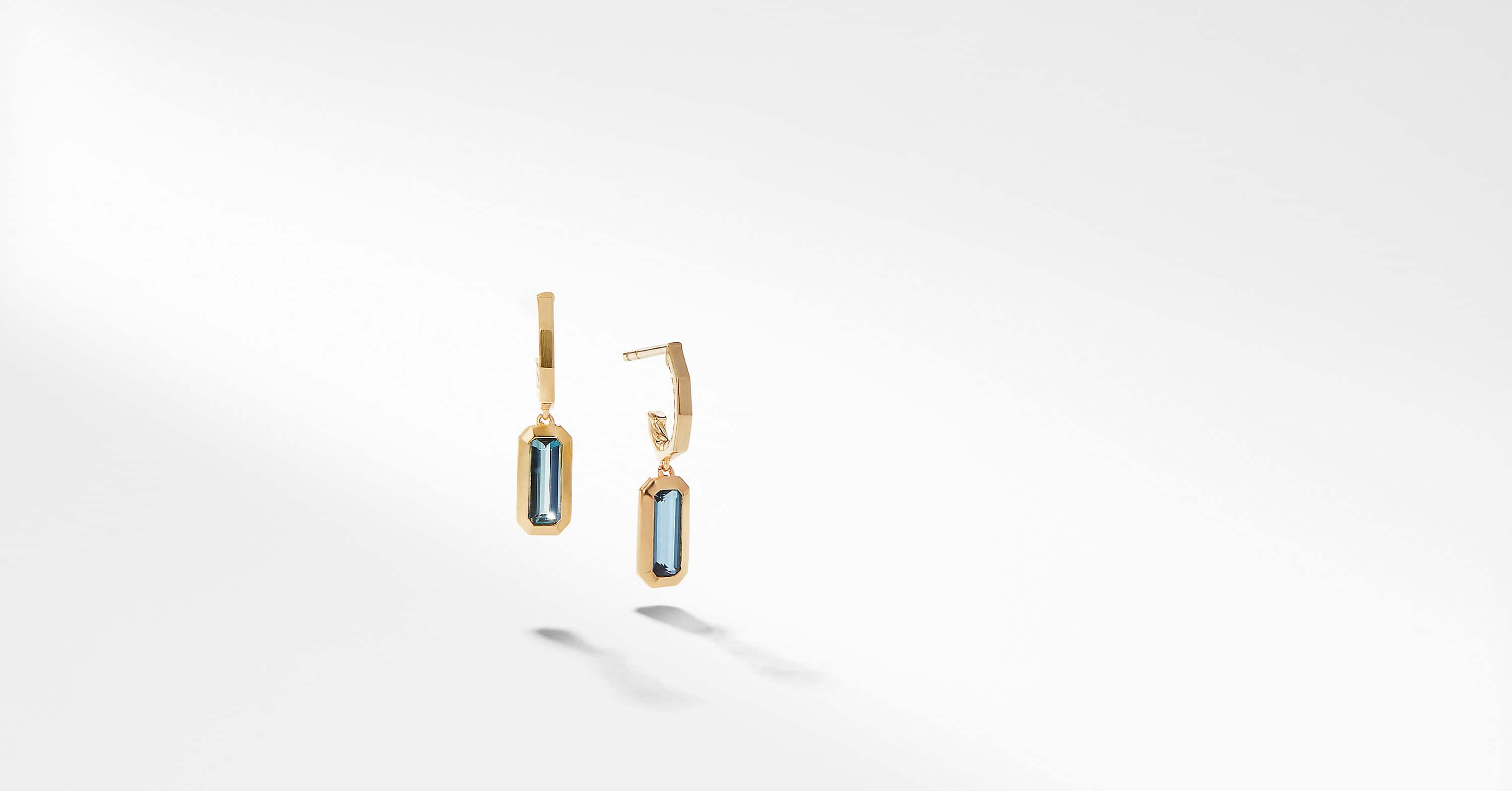Novella Hoop Earrings in 18K Yellow Gold