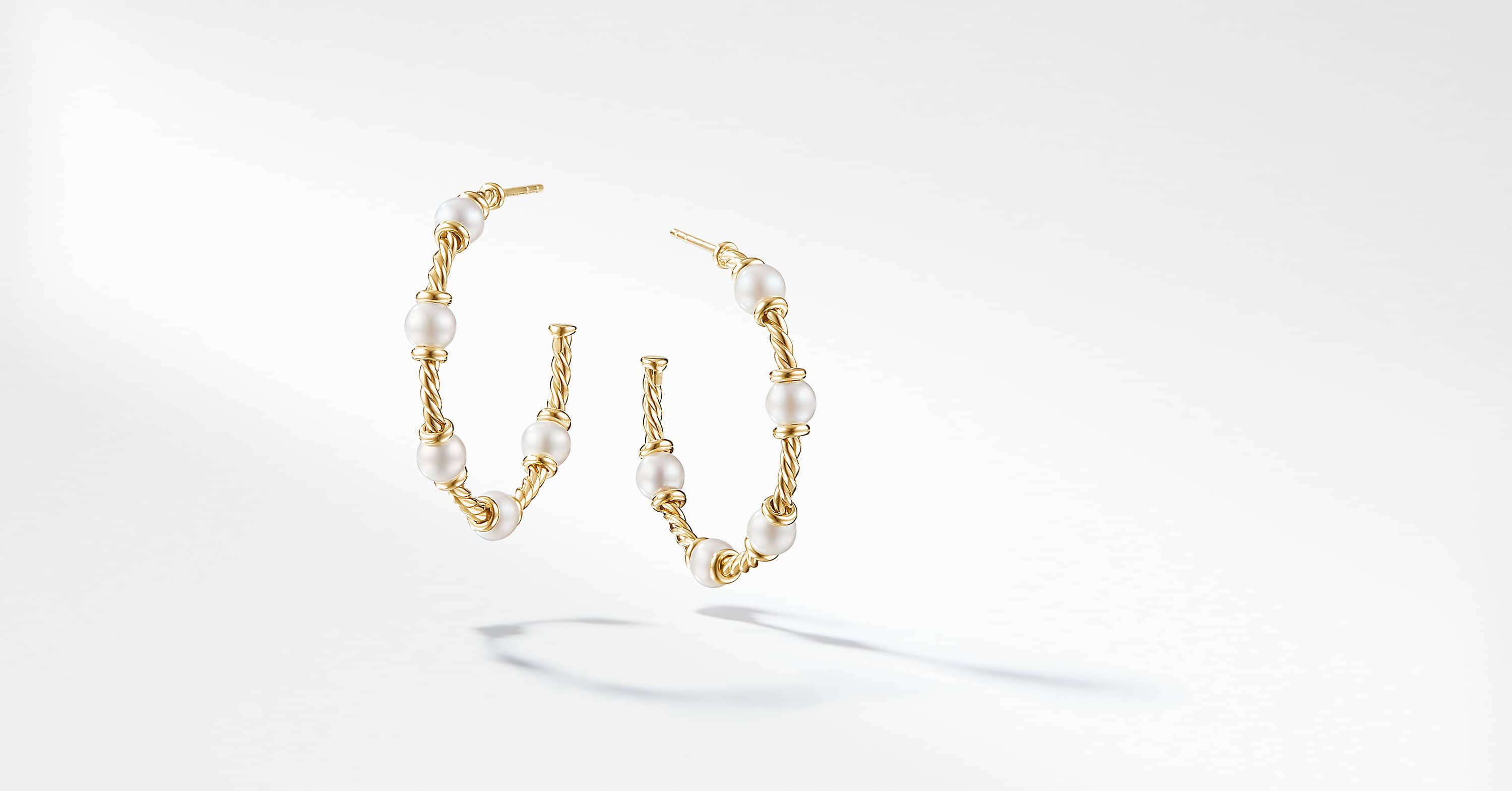 Petite Perle Large Hoop Earrings with Pearls in 18K Gold