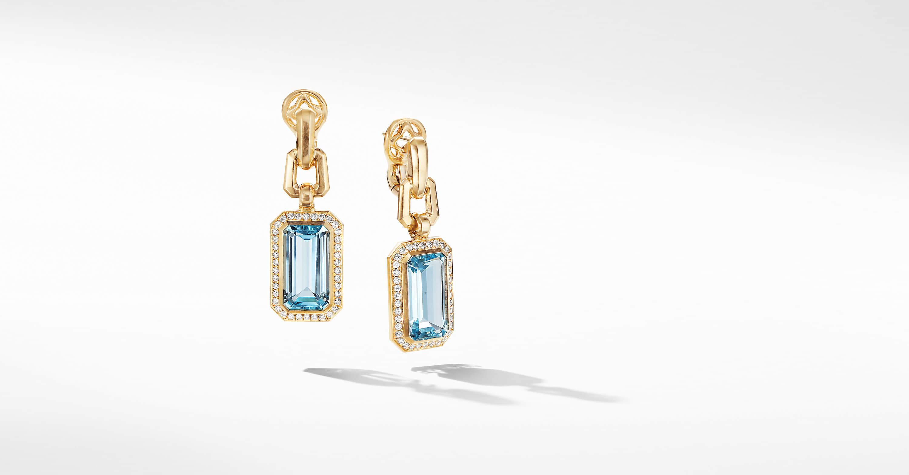 Novella Drop Earrings in 18K Yellow Gold with Diamonds